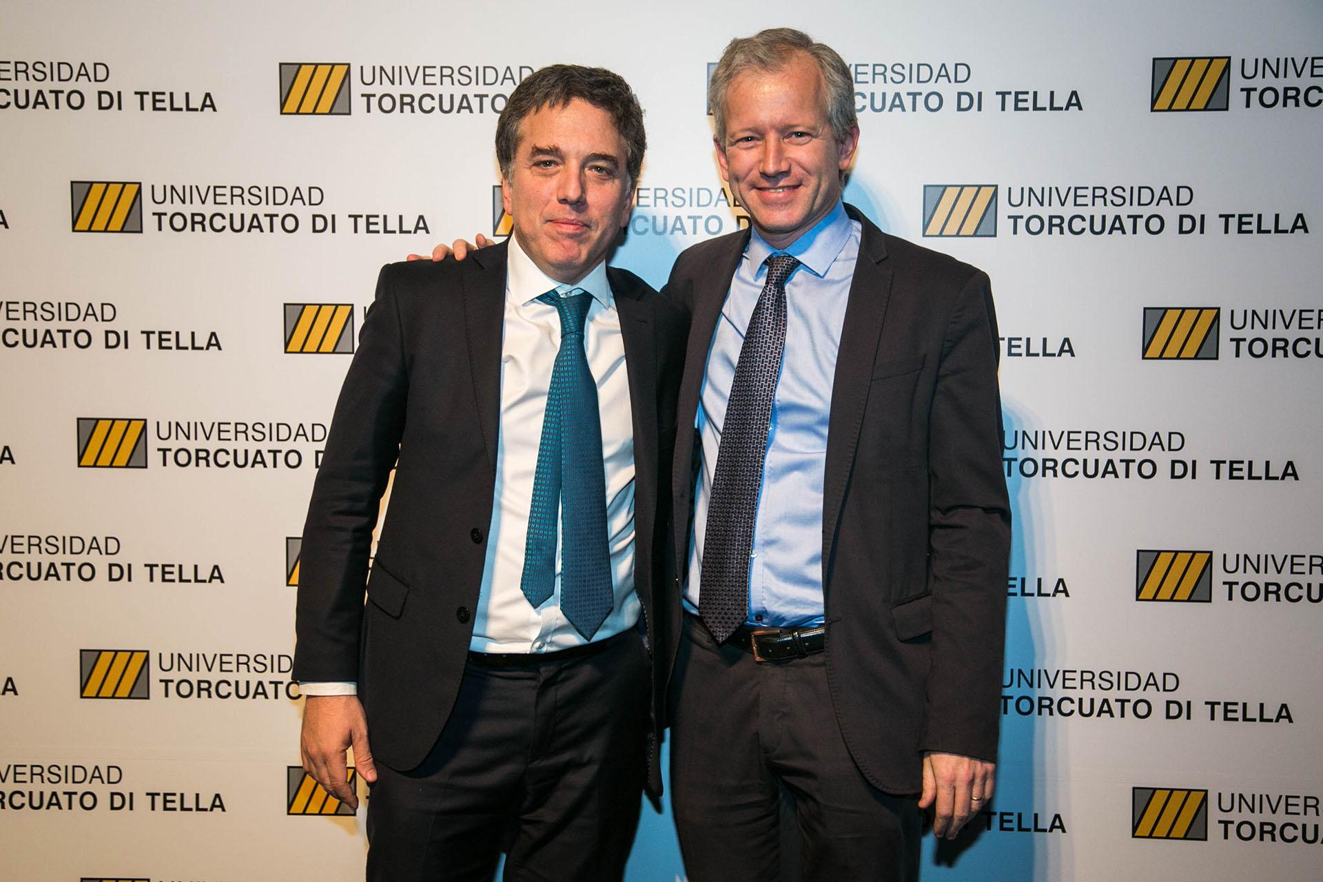 El rector de la Universidad Di Tella, Schargrodsky junto al ministro de Hacienda de la Nación, Nicolás Dujovne.