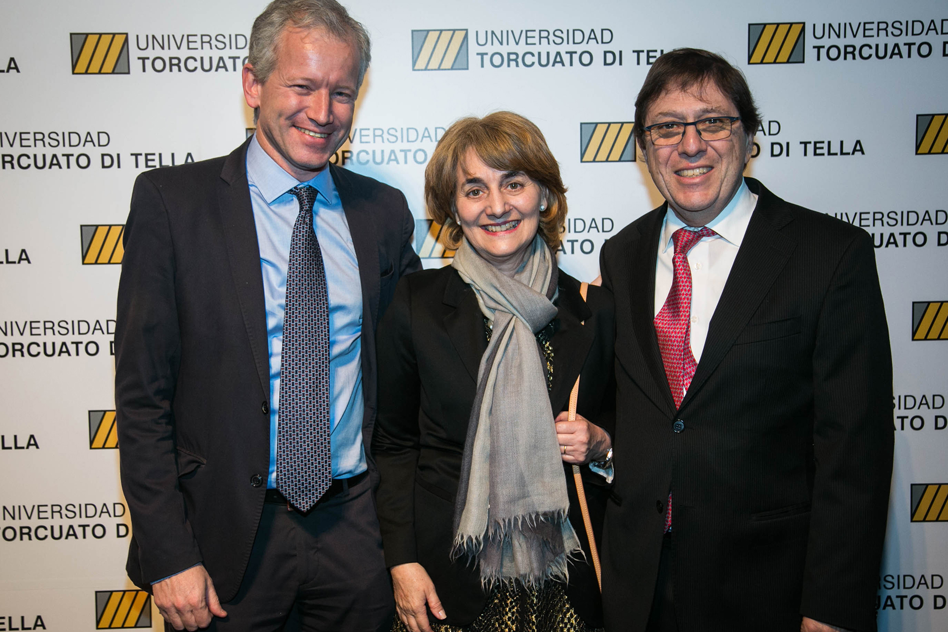 Schargrodsky, la presidente del Consejo de Dirección Graciela Cairoli y Miguel Kiguel, miembro del Consejo Económico y Social de la UTDT
