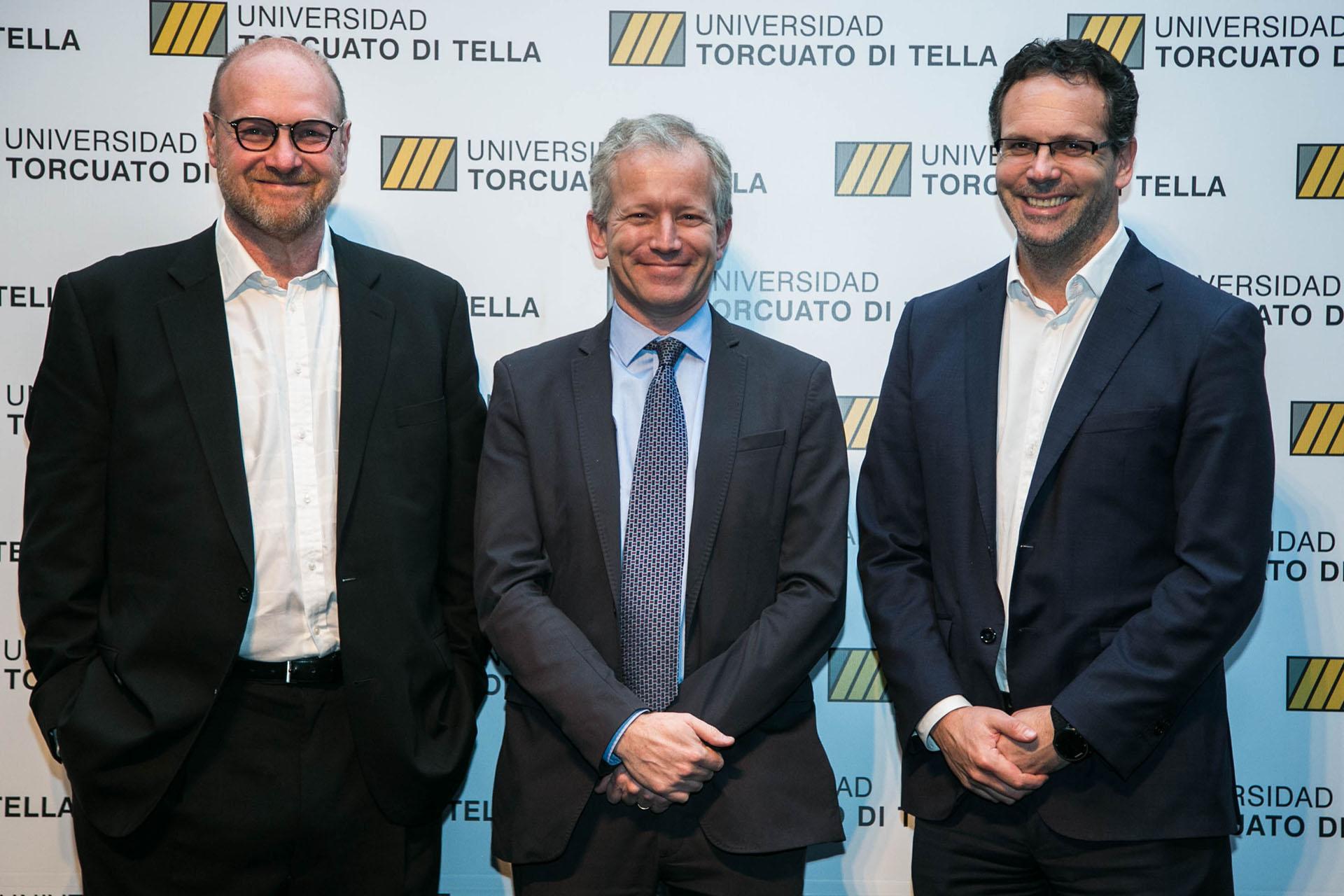 Gustavo Grobocopatel, Guido Sandleris, profesor en UTDT y Jefe de Asesores del Ministerio de Hacienda junto al rector Schargrodsky
