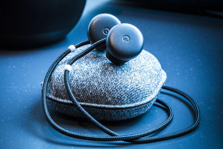 Los Google Pixel Buds, los auriculares inteligentes e inalámbricos que traducen 40 idiomas instantáneamente