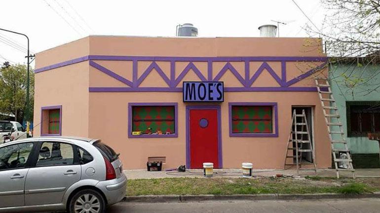 El bar de Moe bonaerense