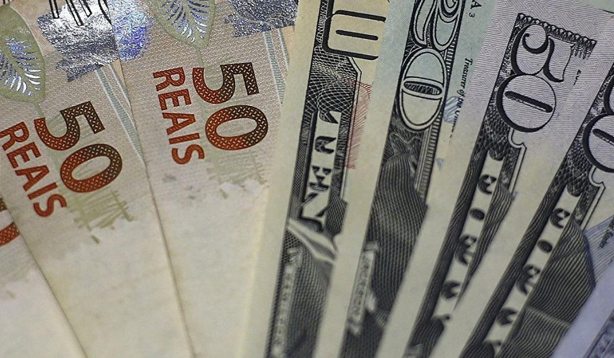 Desde enero, la divisa brasileña se depreció un 10% frente al billete verde (Reuters)