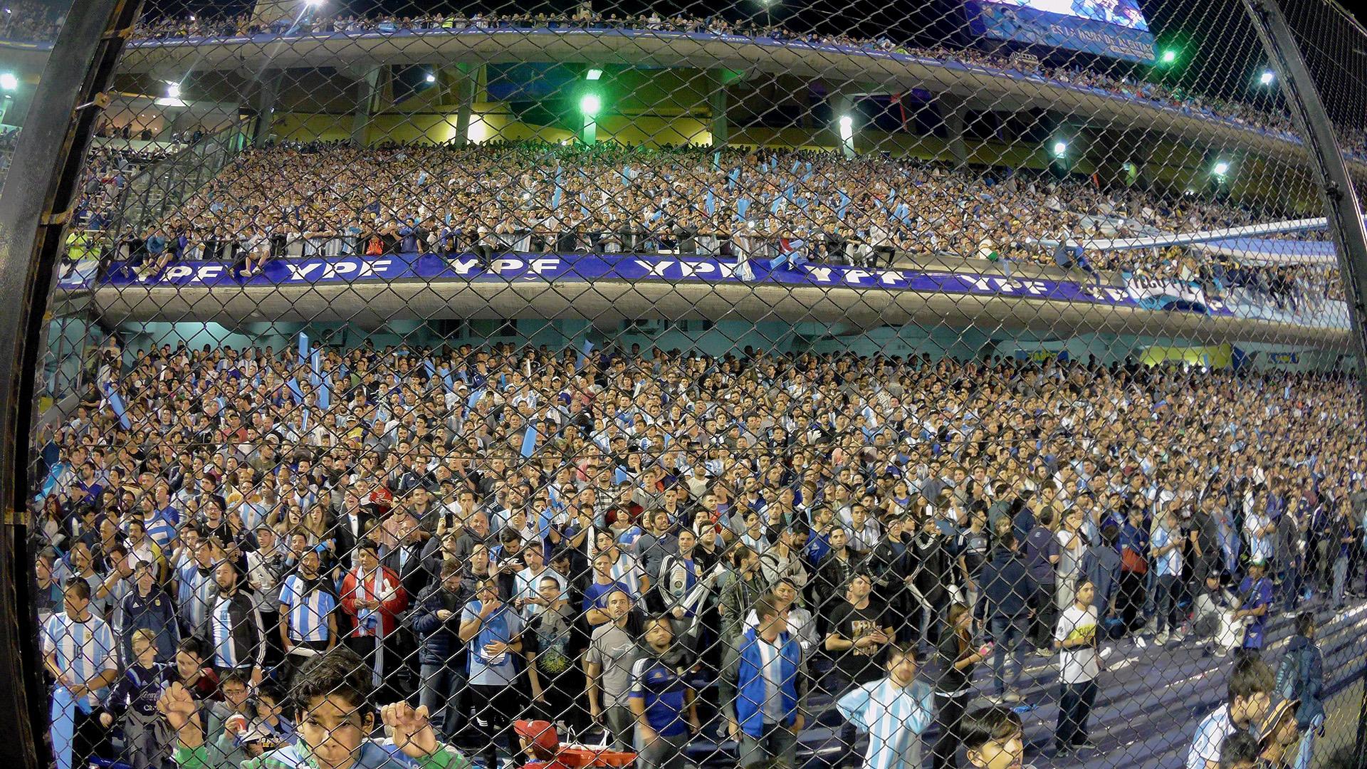 La vuelta de los hinchas visitantes está cada vez más cerca — Superliga
