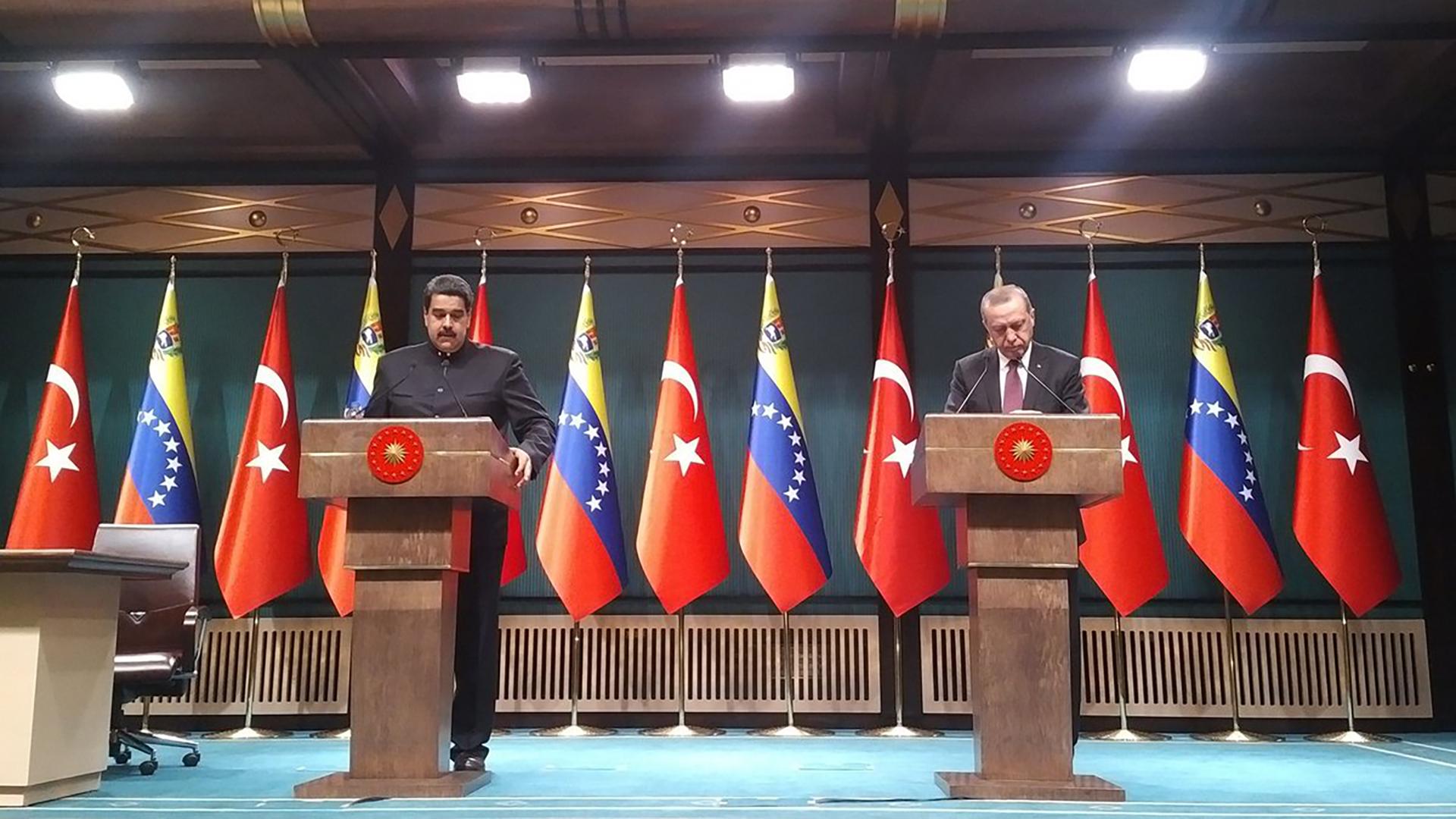Maduro y Erdogan mantienen buenas relaciones (@jaarreaza)