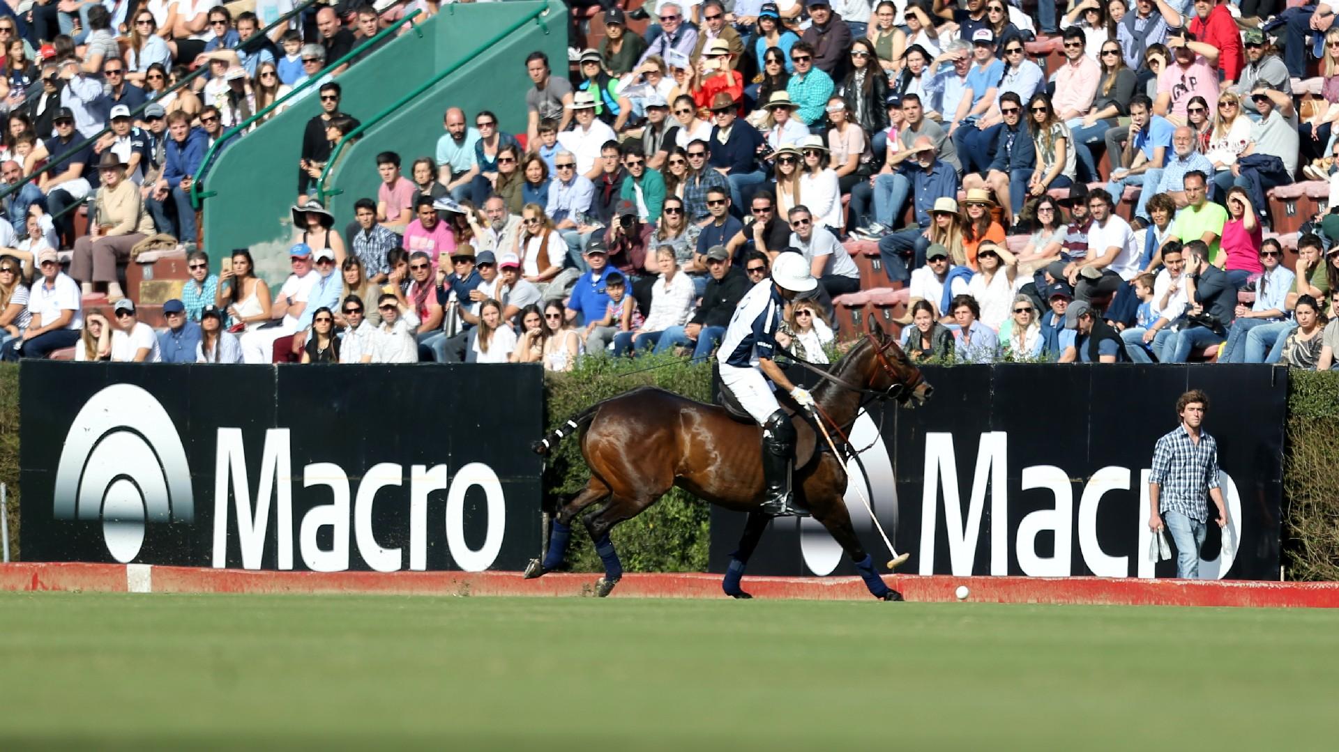 """La emocionante final del """"Abierto de Tortugas Gran Premio Macro"""", que se disputó en la cancha 1 del Campo Argentino de Polo en Palermo"""
