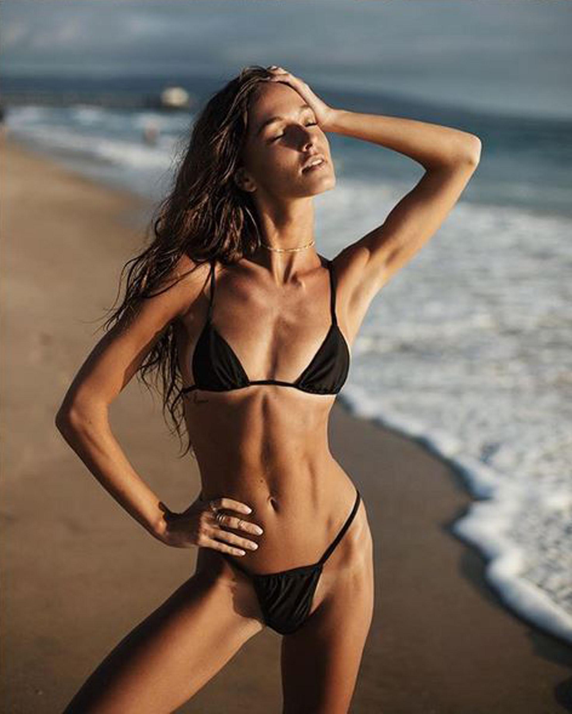 Twitter Carlota Ensenat nudes (63 foto and video), Sexy, Cleavage, Selfie, panties 2015