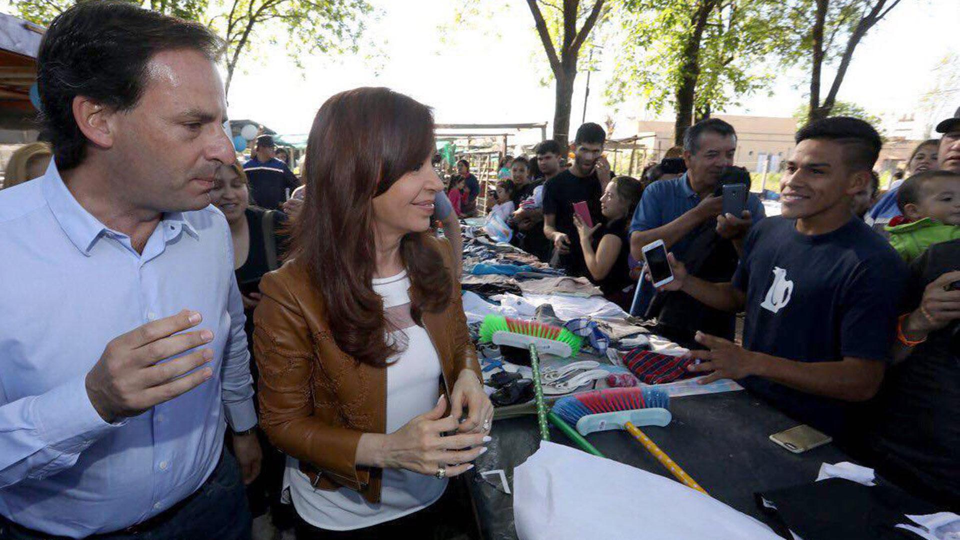 Ariel Sujarchuk junto a la ex presidenta Cristina Kirchner