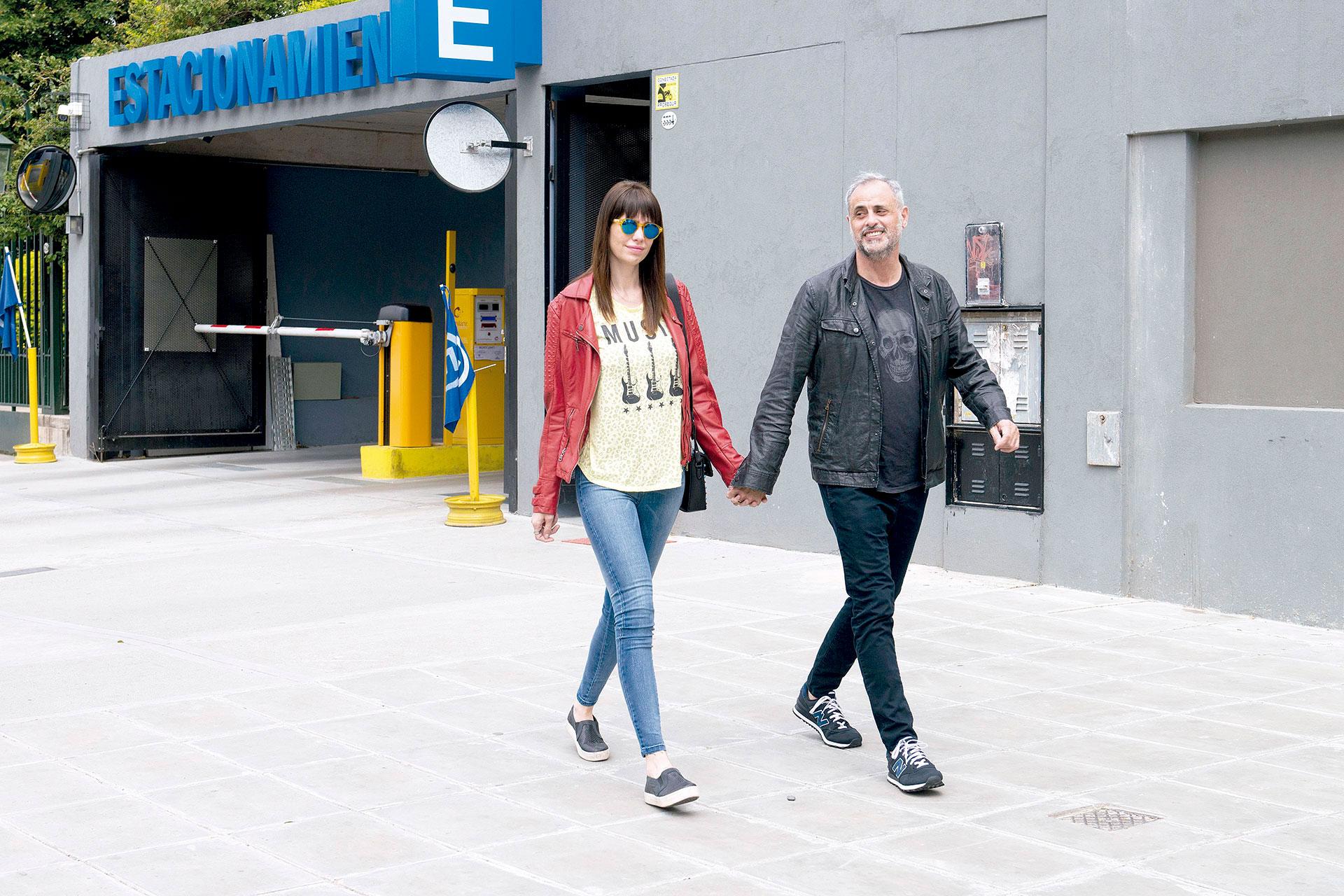 Jorge Rial y Romina, enamorados por Palermo