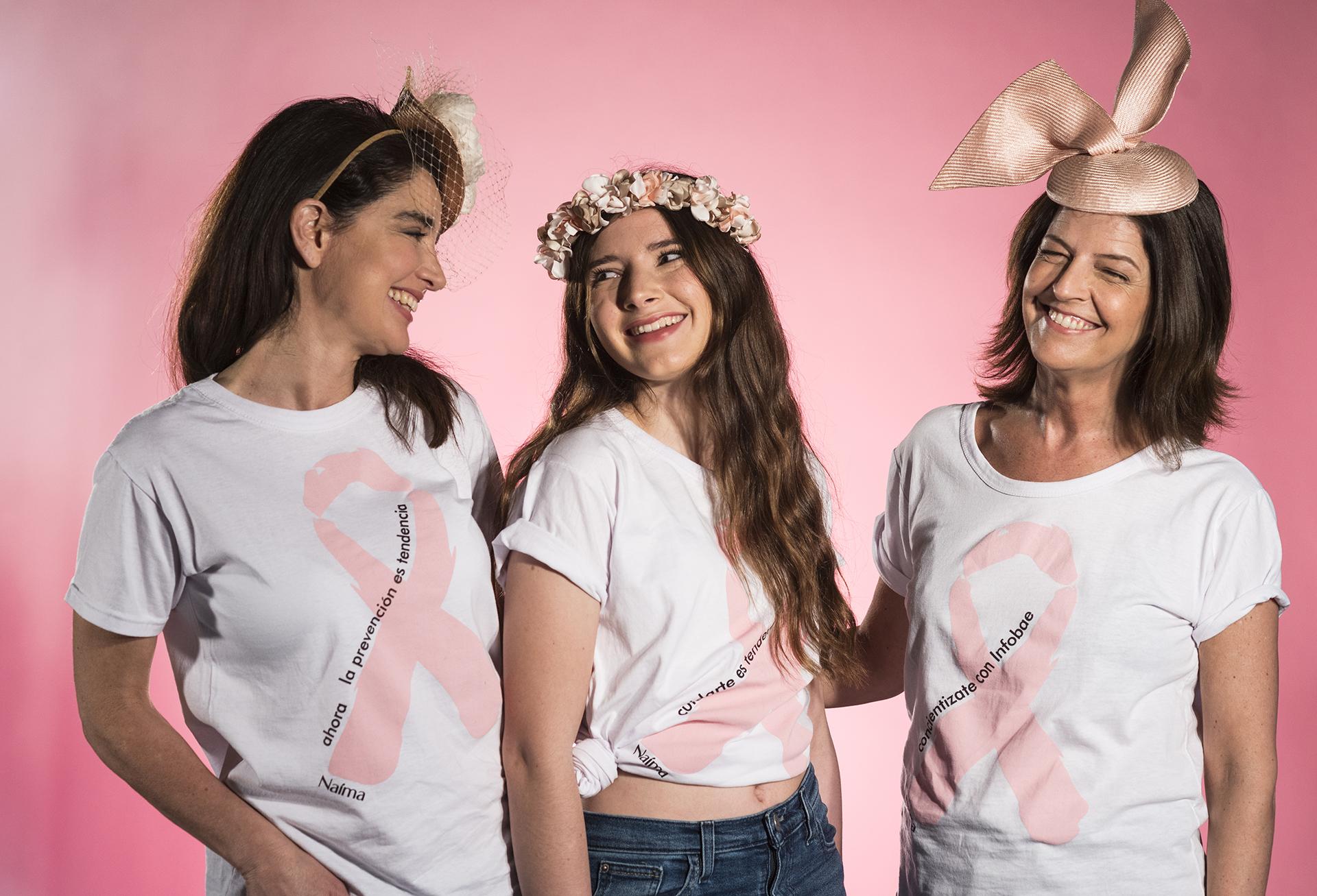 Verónica Varano, María y Laura Noetinger se divirtieron durante la sesión luciendo los glamorosos tocados