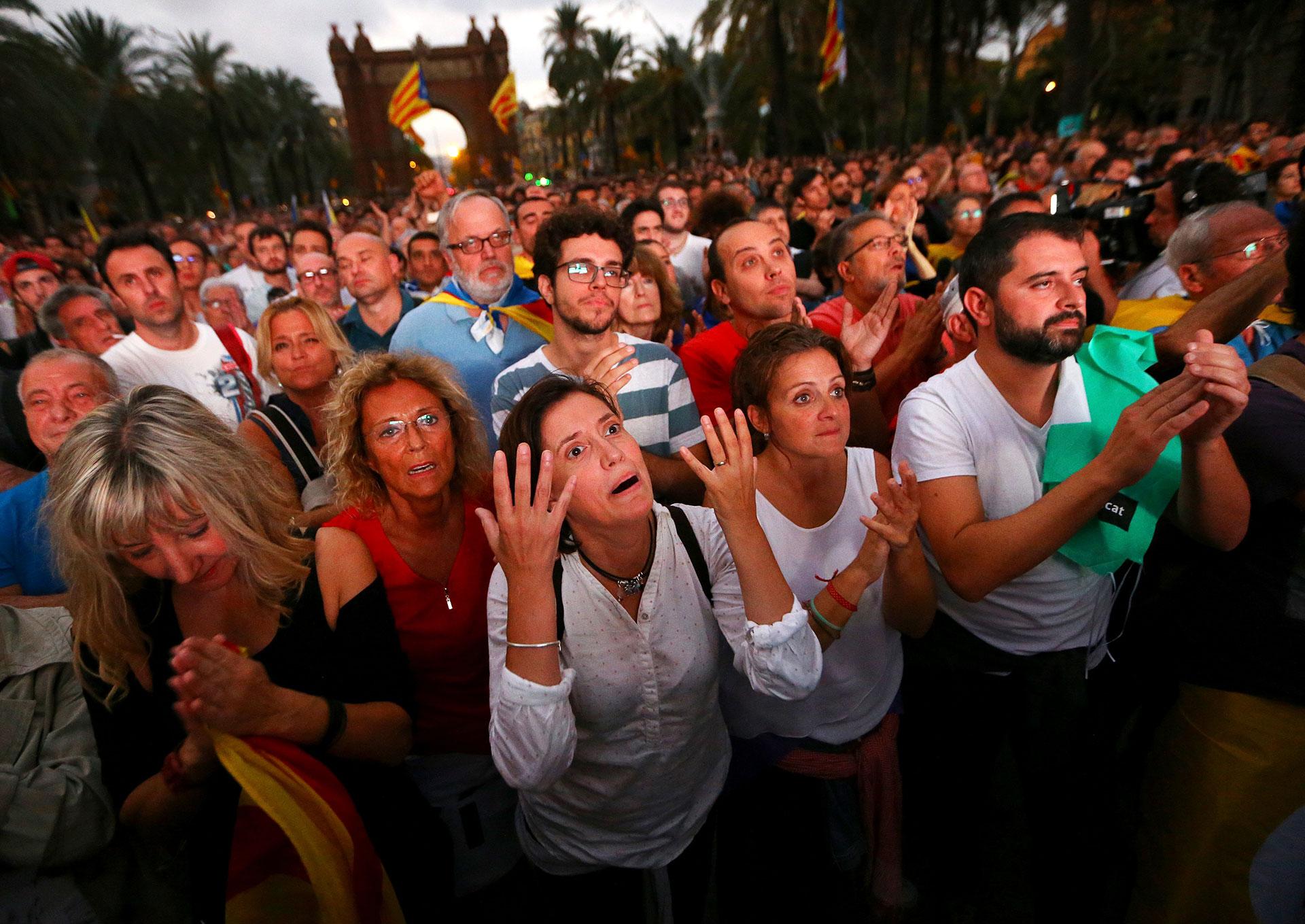 ☣ CORONAVIRUS ☣ - Minuto y Reconfinado - Vol.138: Veo Nervios... - Página 9 Barcelona-cataluna-sorpresa-3
