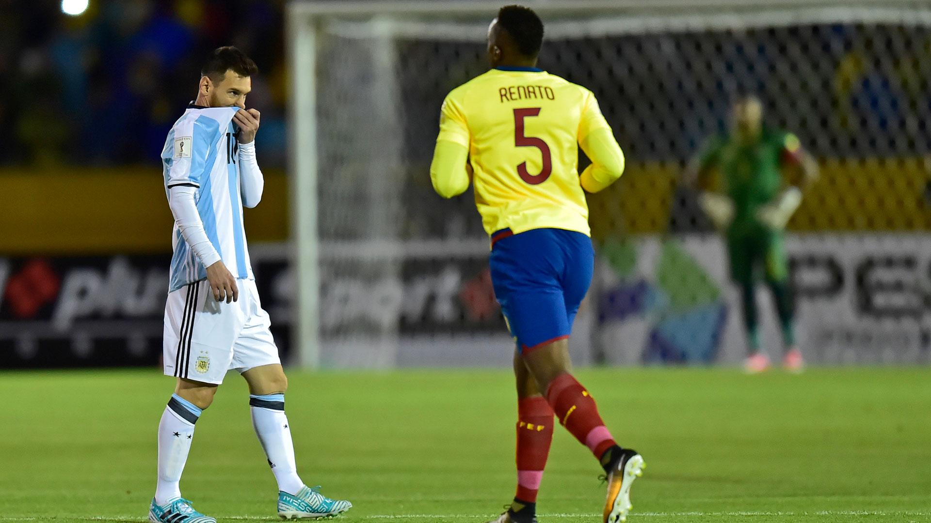 Las desinteligencias defensivas protagonizadas por Gabriel Mercado y Javier Mascherano le permitieron al Tri festejar el gol tempranero