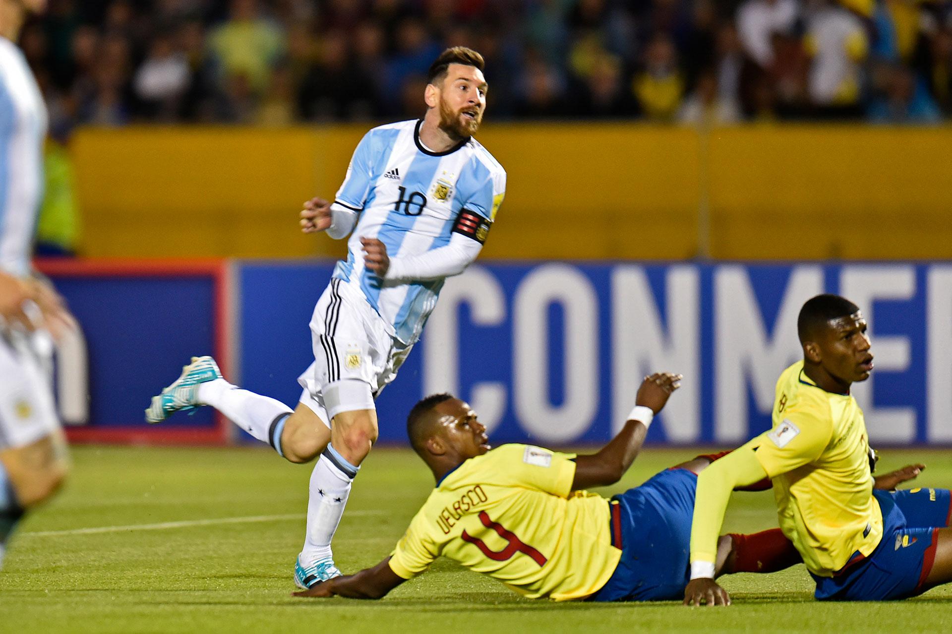 Messi se despachó con tres goles, dos de los cuales fueron por las asistencias de Di María y el tercero con una obra maestra