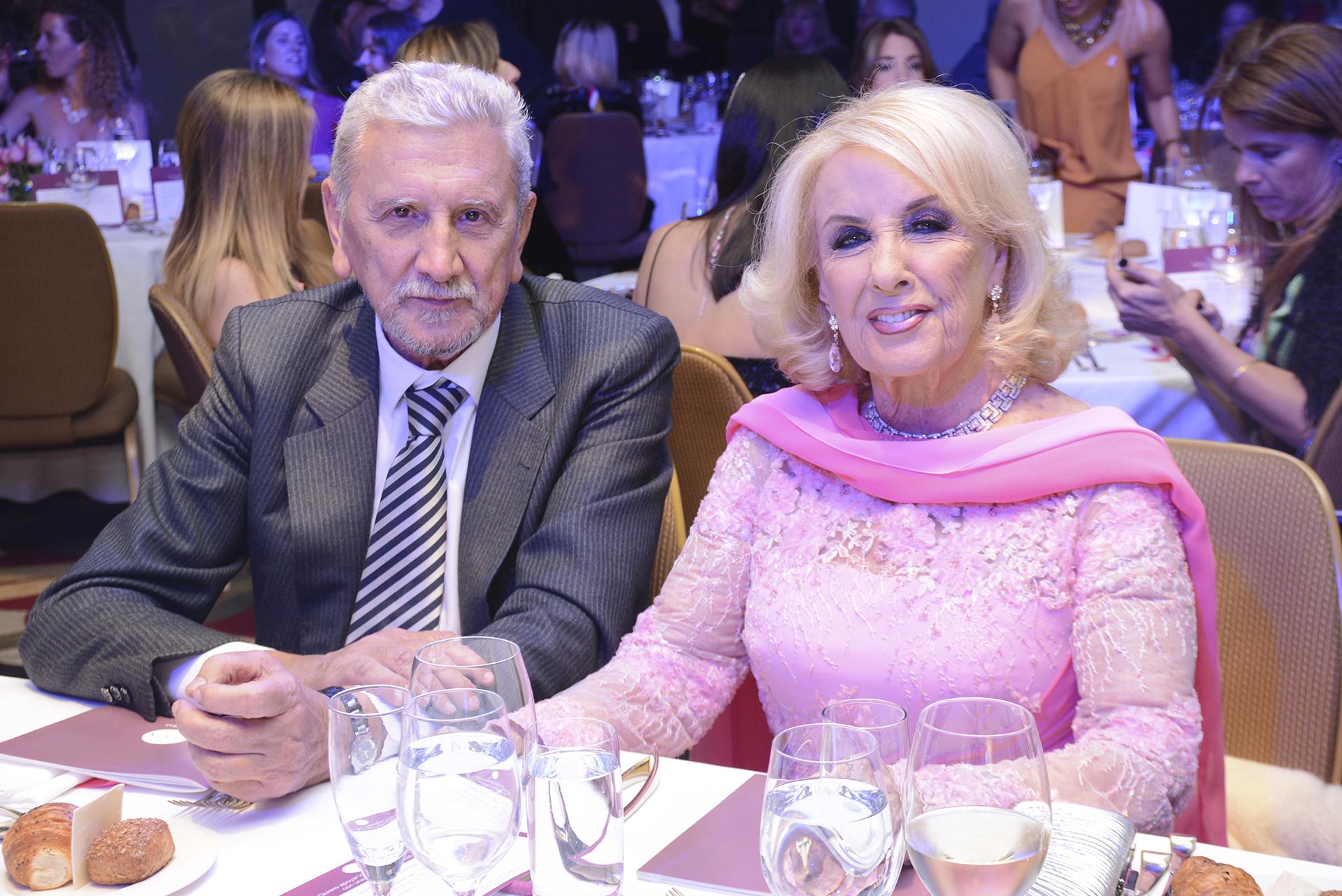 Reinaldo Chacón y Mirtha Legrand