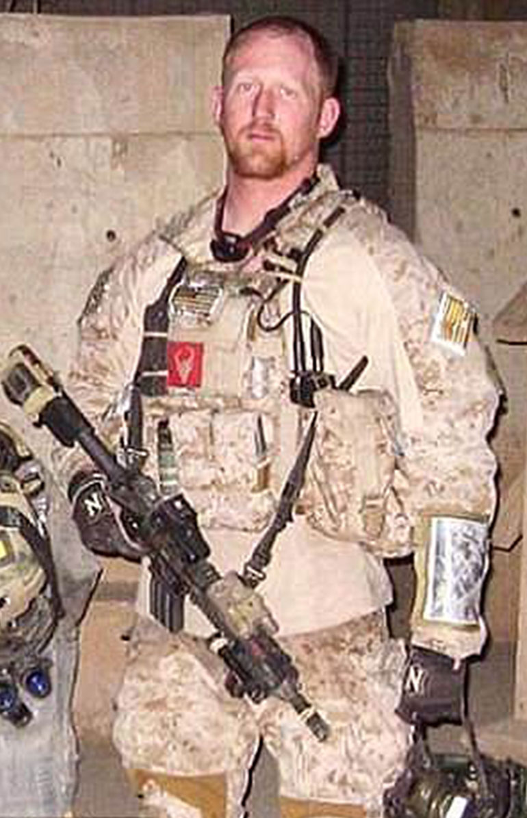Rob O'Neill fue el Navy Seal que le disparó a Osama bin Laden