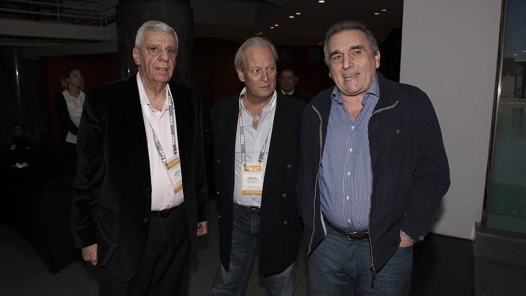 Los sindicalistas José Luis Lingeri, Andrés Rodríguez,Juan Carlos Schmid