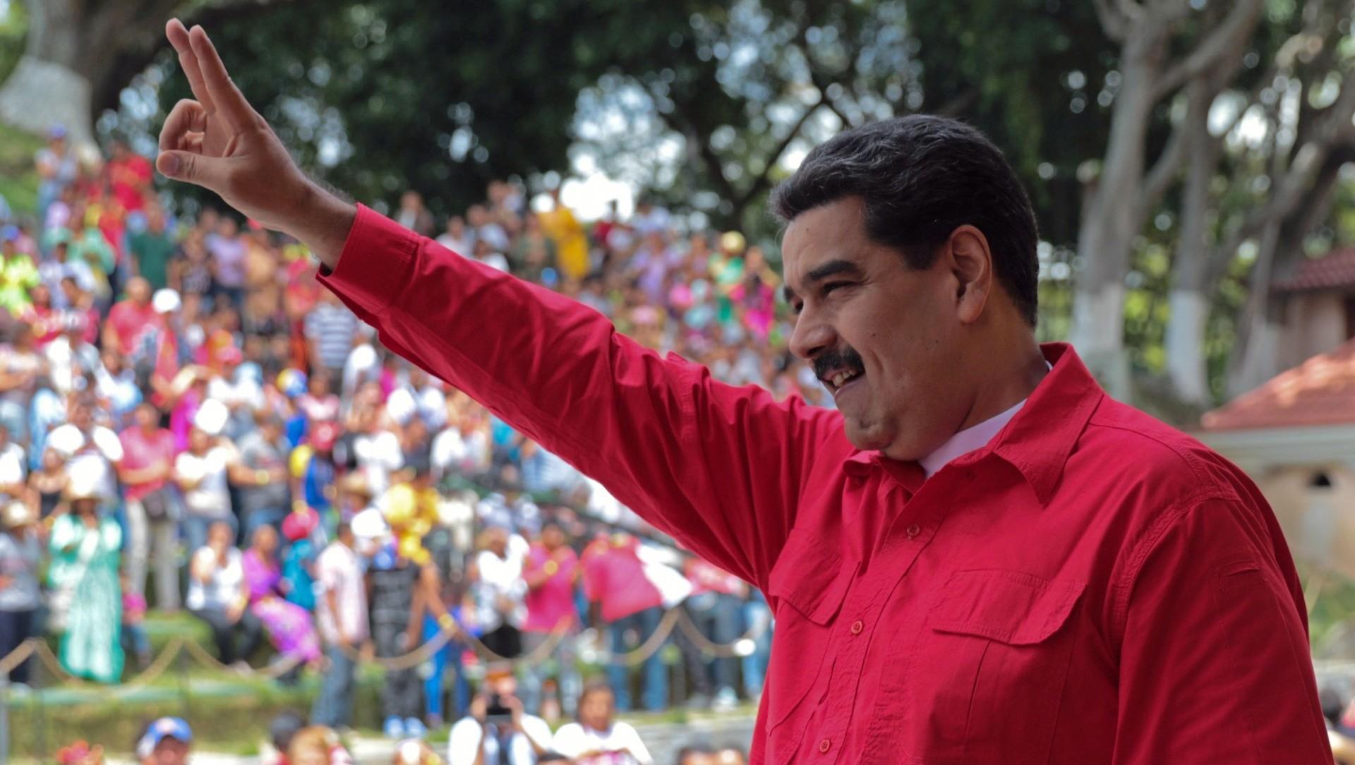 Nicolás Madurobuscará la reelección en unos comicios en los que pretende no tener rivales de peso tanto chavistas como opositores (AFP)