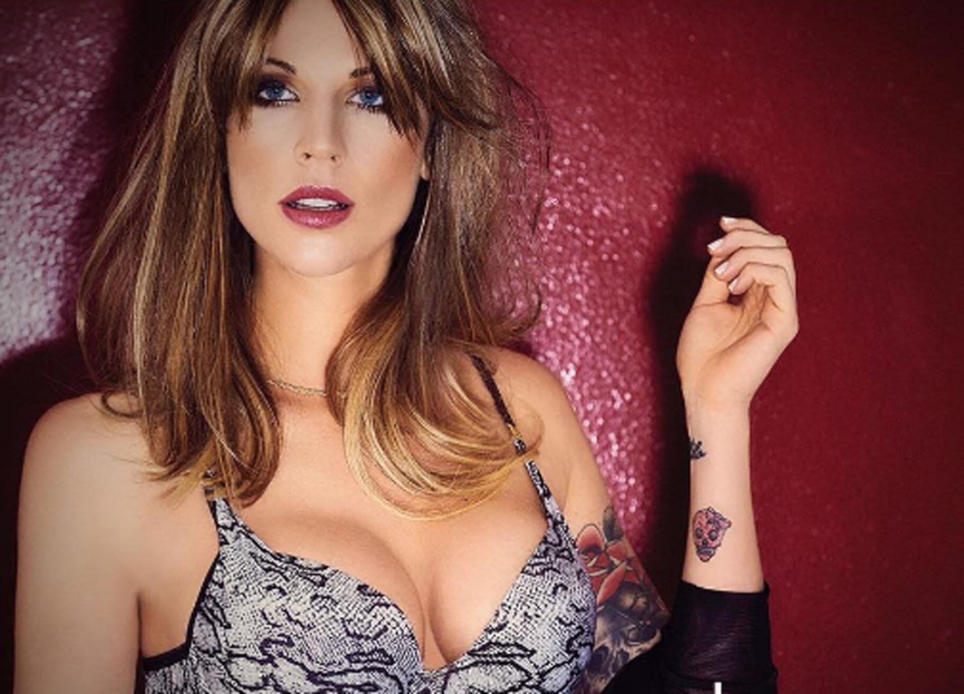 En la producción, Juliana Giambroni lució sus tatuajes