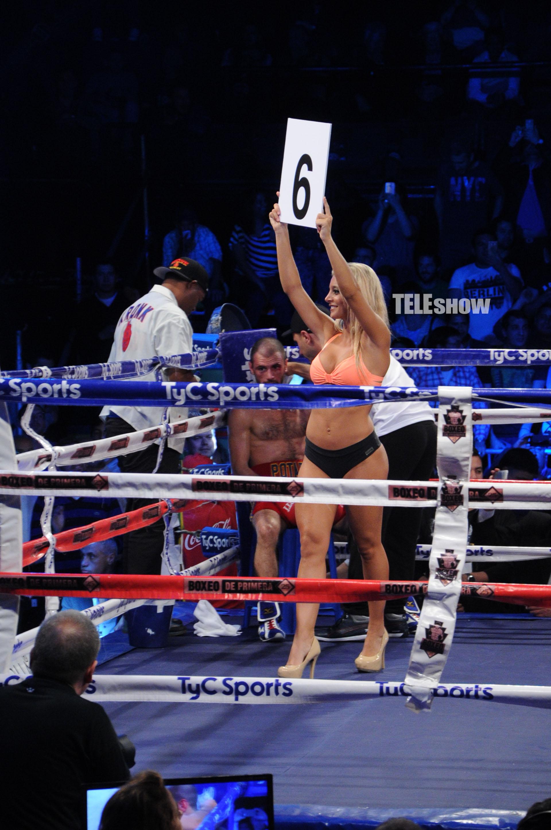 El anuncio del sexto round, ante la mirada del ruso Nikolai Potapov