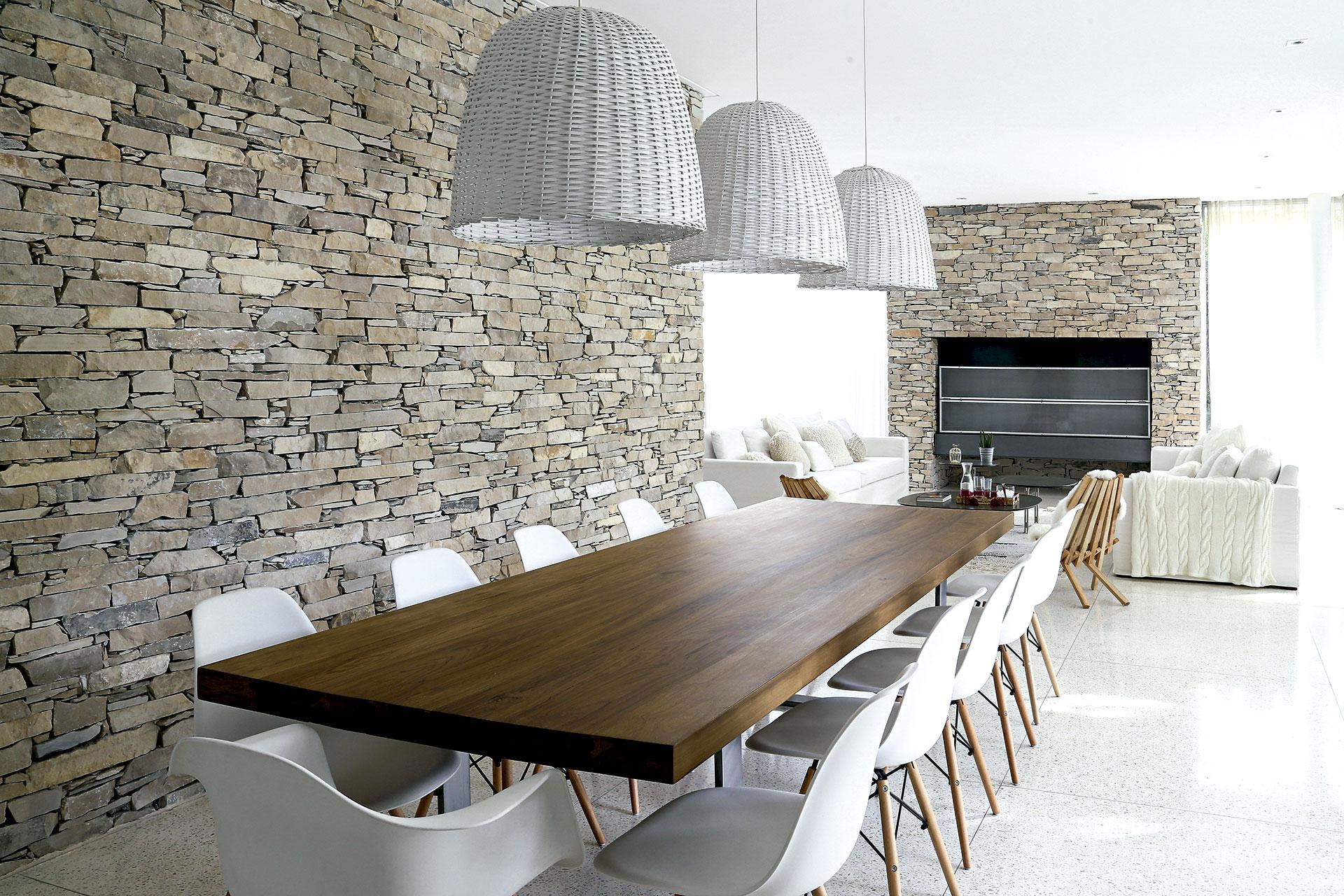 La piedra Neuquén y la vanguardia se combinan en los ambientes de ...