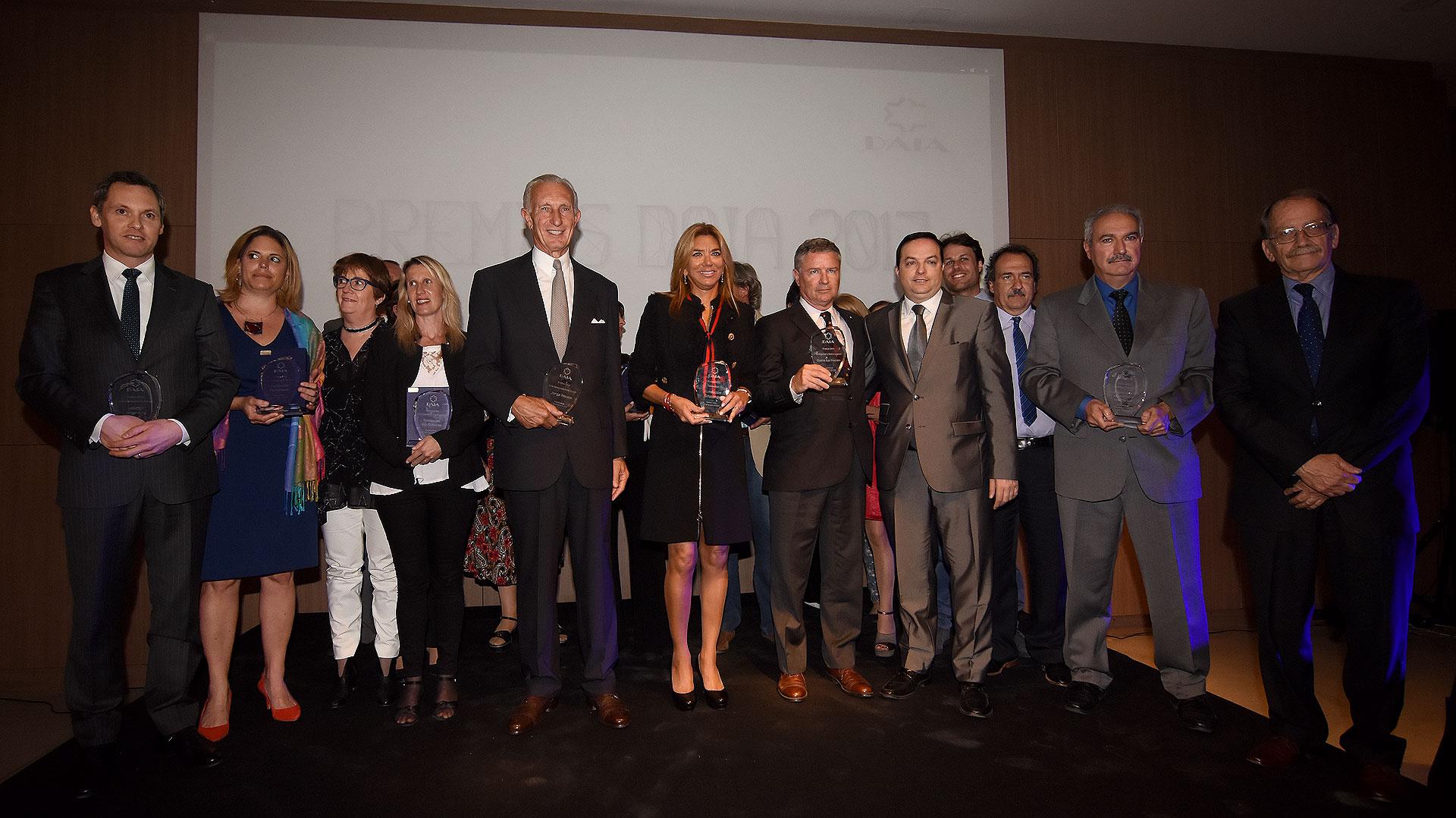 La foto grupal con todos los ganadores de los Premios DAIA 2017 /// Fotos: Nicolás Stulberg