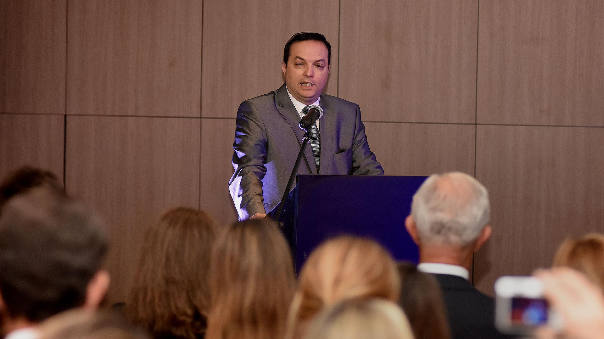 Ariel Cohen Sabban, presidente de la DAIA, encabezó la entrega de los Premios DAIA 2017 en los rubros Solidaridad, Responsabilidad Social, Ciencia y Tecnología, Arte y Cultura, Inclusión y Diversidad, Prensa y Comunicación, y Derechos Humanos /// Fotos: Nicolás Stulberg
