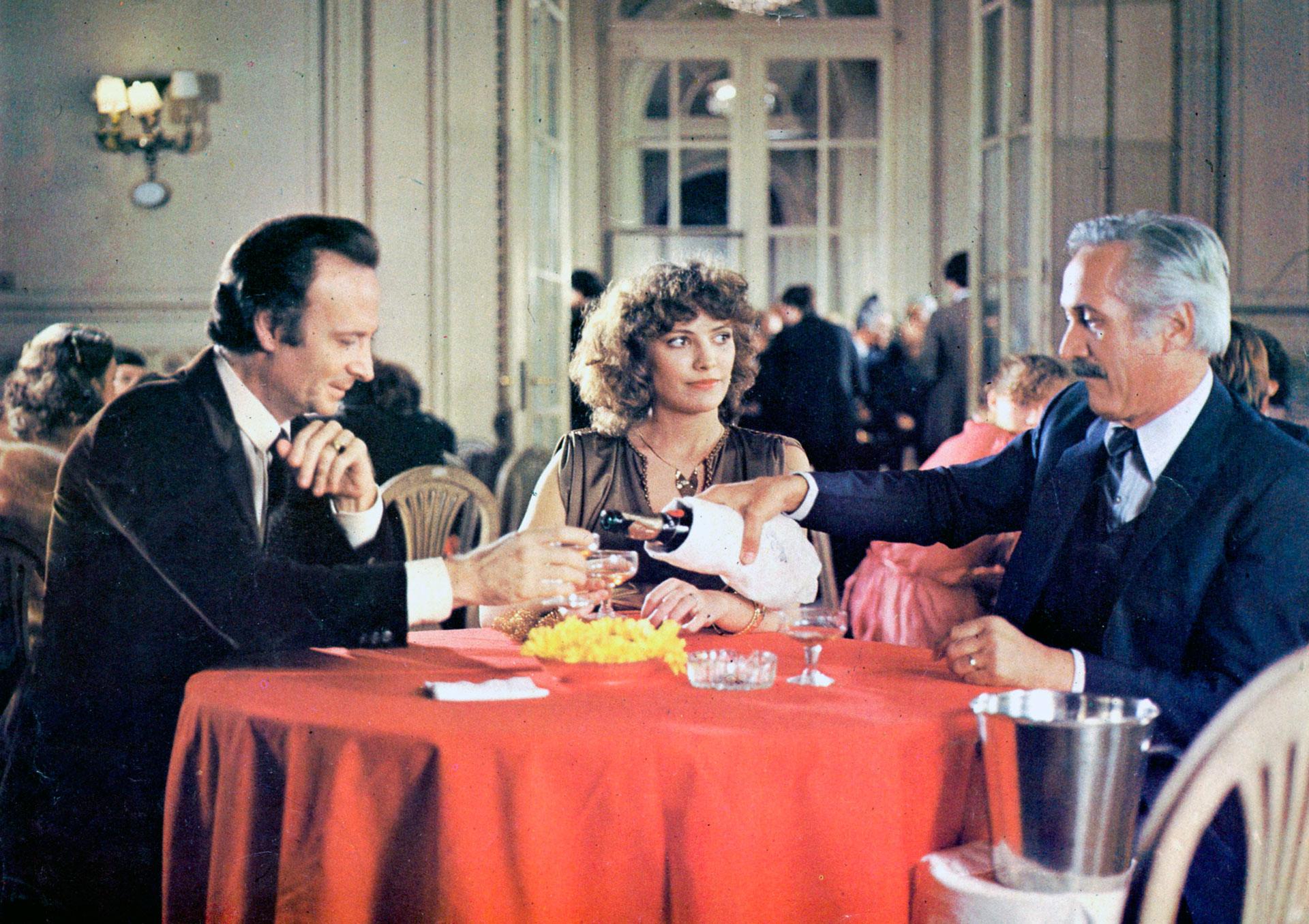 En Plata Dulce. Fue estrenada el 8 de julio de 1982 y recibió el Cóndor de Plata a Mejor película en 1983.