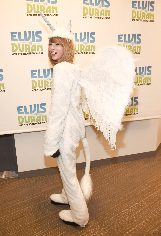 En 2014 Taylor Swift decidió acaparar todas las miradas con su atuendo de unicornio, uno de los looks más elegidos entre millennials