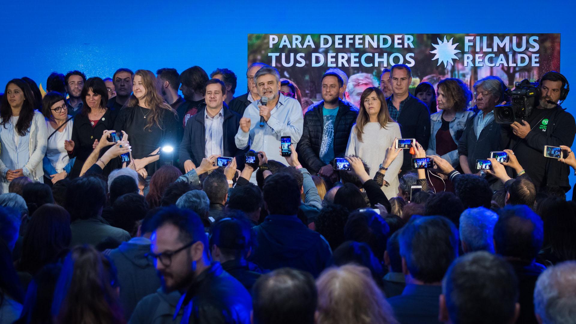 Todos los candidatos de Unidad Porteña sobre el escenario