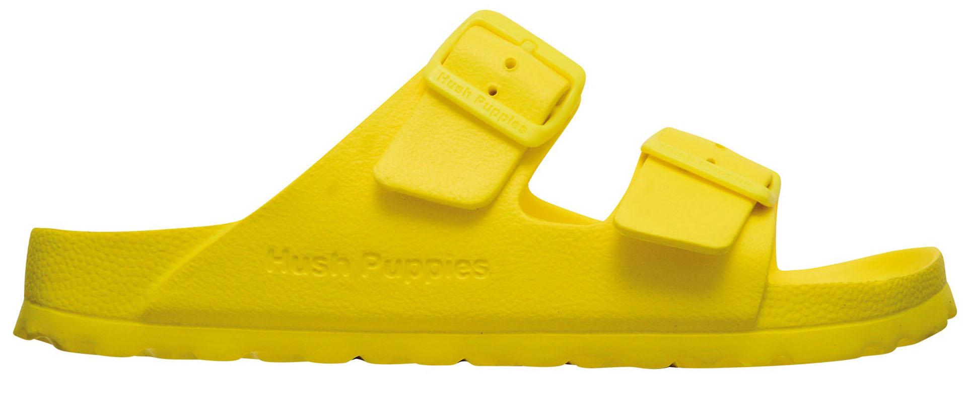 Sandalias de goma ($ 790, Hush Puppies).
