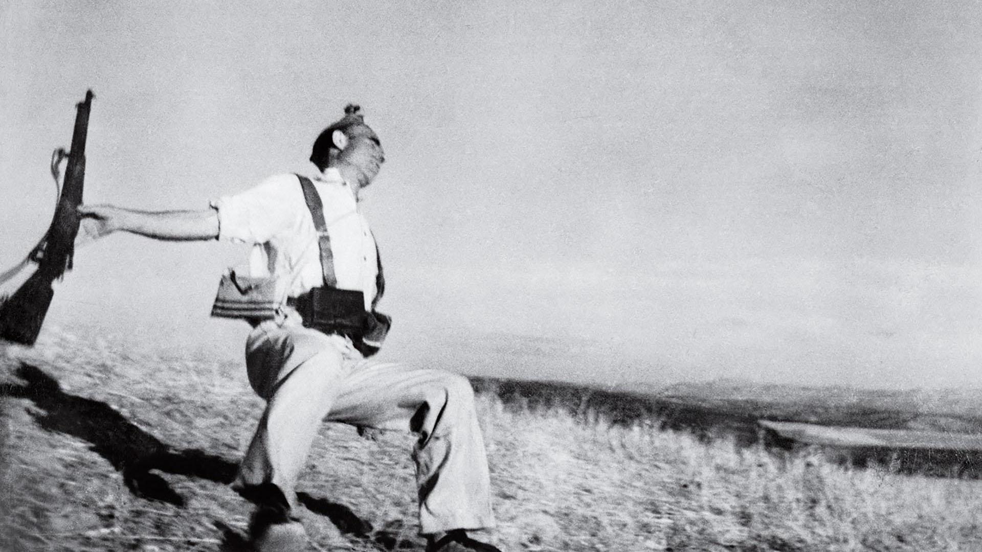 Fotógrafos Time-100-influential-photos-robert-capa-falling-soldier-24-PORTADA