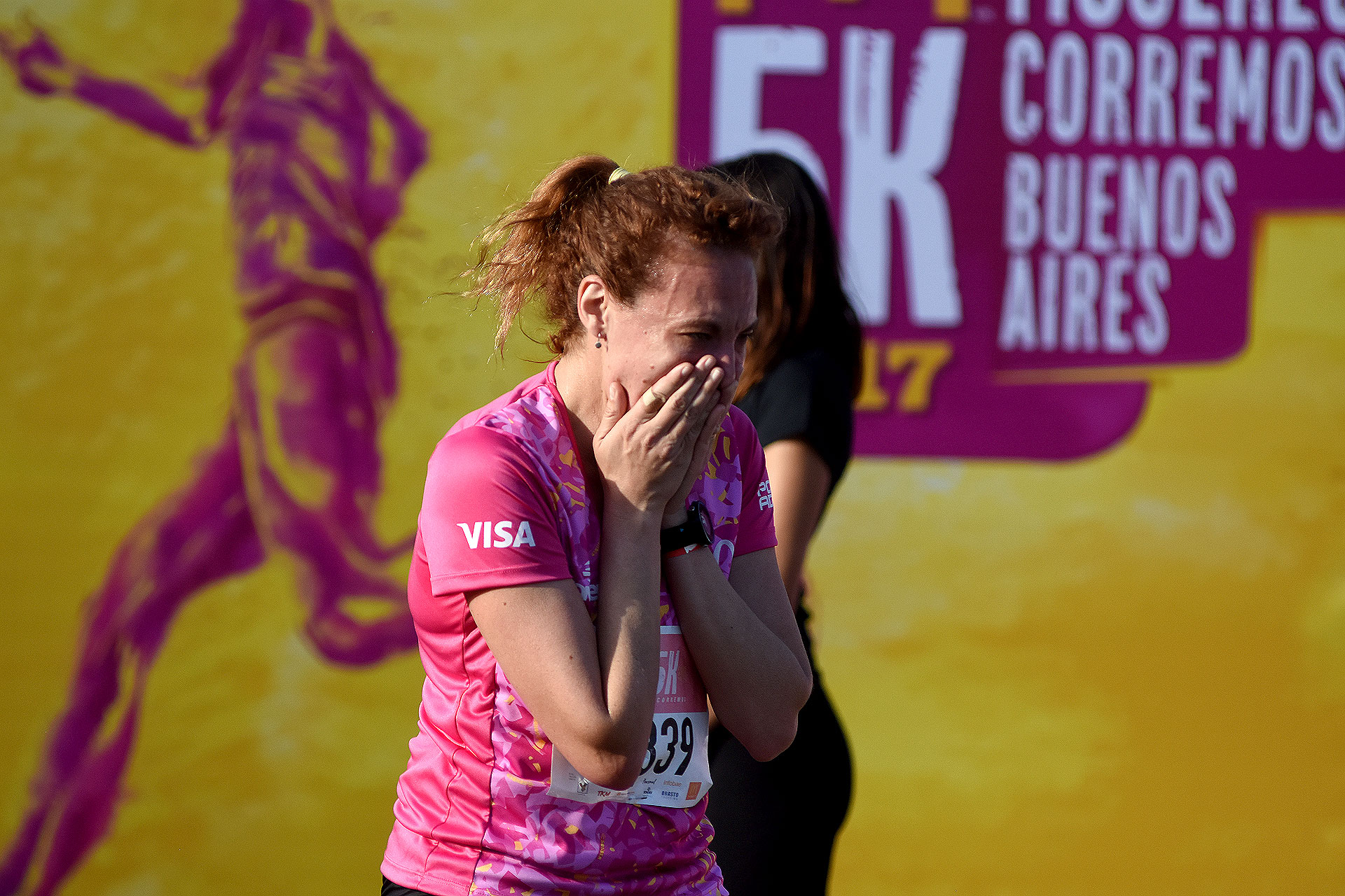 La emoción de terminar la carrera