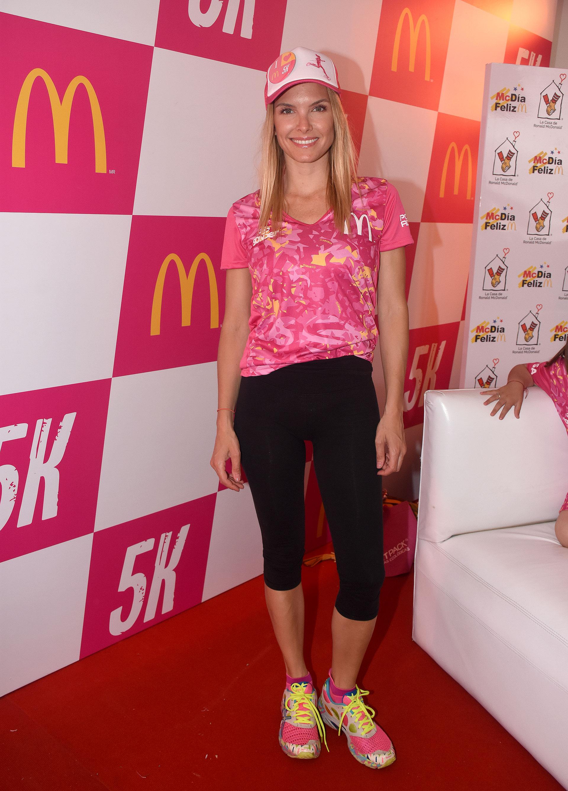 Sofía Zamolo se vistió de rosa y negro para la carrera