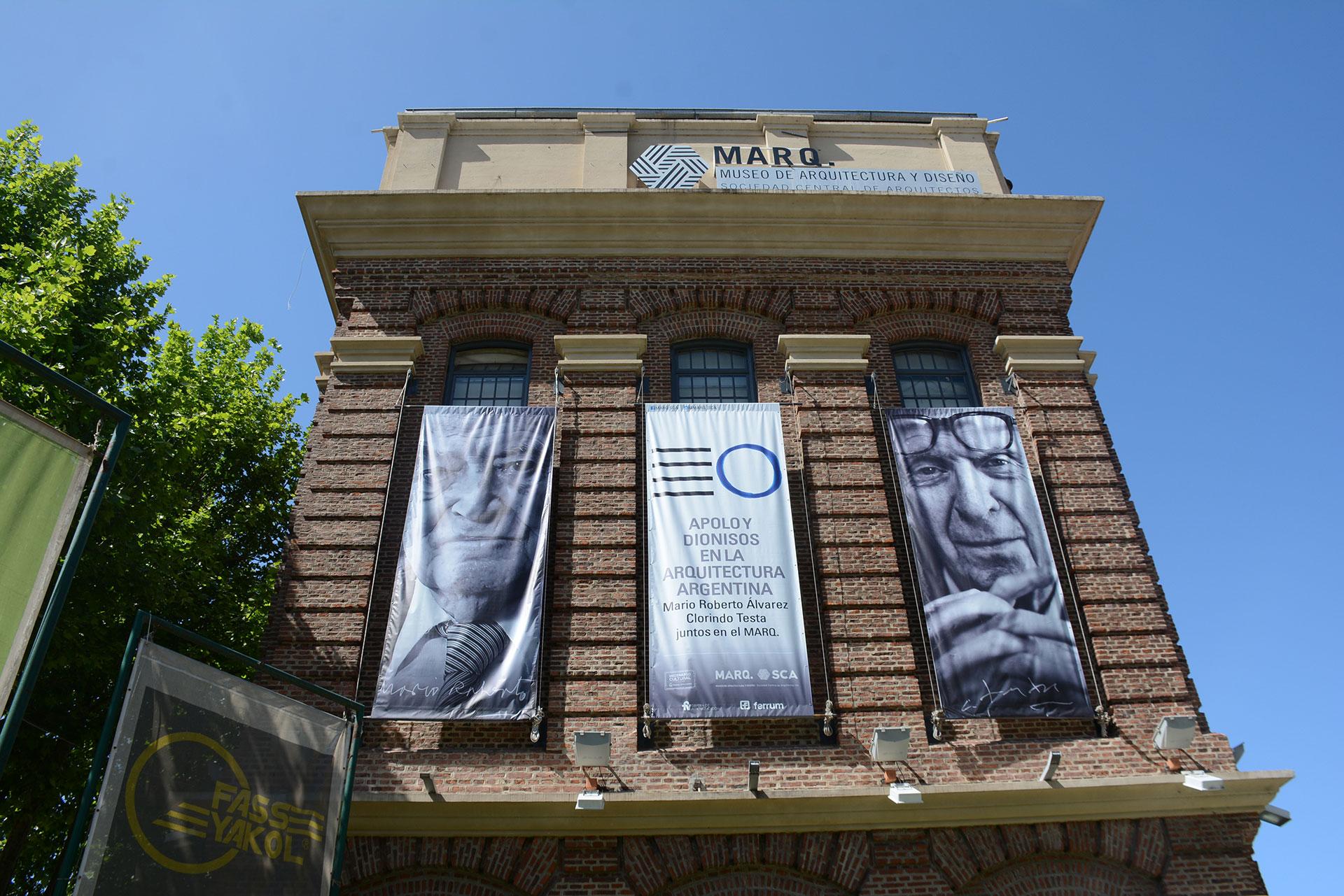 El MARQ abrió al público en diciembre de 2000. Pertenece a la SCA y es el primer y único Museo de Arquitectura y Diseño de la República Argentina