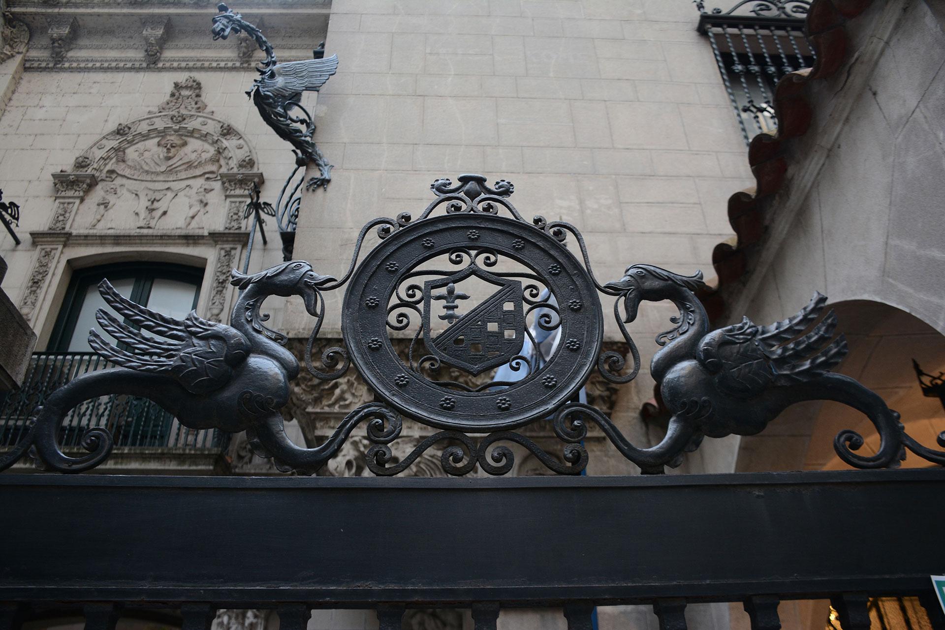 En 1948 la Fundación de Ayuda Social María Eva Duarte de Perón compra la casa para que funcione allí el Hogar de Tránsito Nº 2. En 1999, la casa fue asignada al INIHEP, dependiente del Ministerio de Cultura de la Nación. El Museo fue inaugurado el 26 de julio de 2002 al cumplirse 50 años de la muerte de Evita