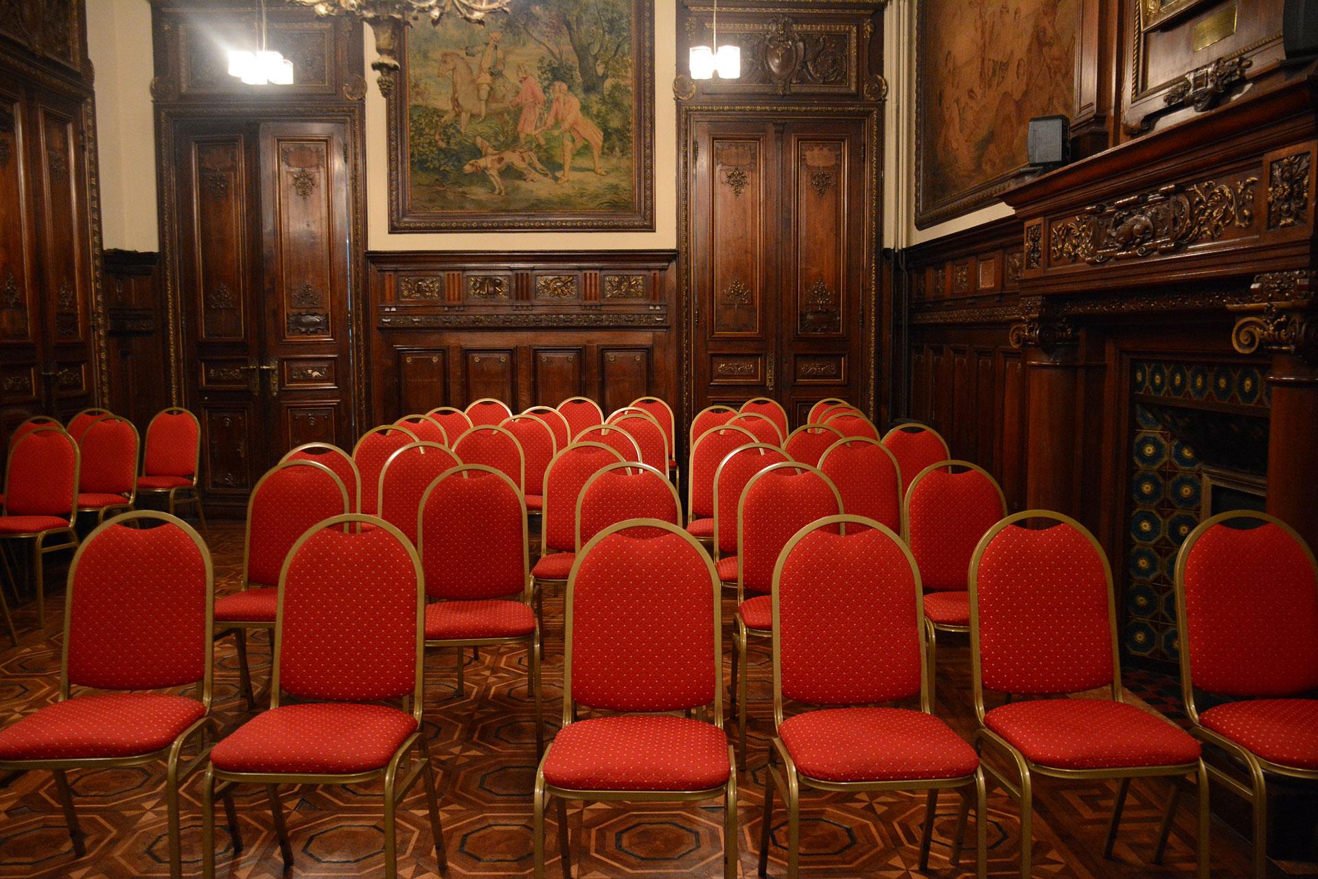 La residencia de Manuel Guerrico de 1890 es hoy utilizada como institución educativa por la Asociación Biblioteca de Mujeres ABM para el dictado de las carreras de Diseño de Interiores y Diseño de Indumentaria