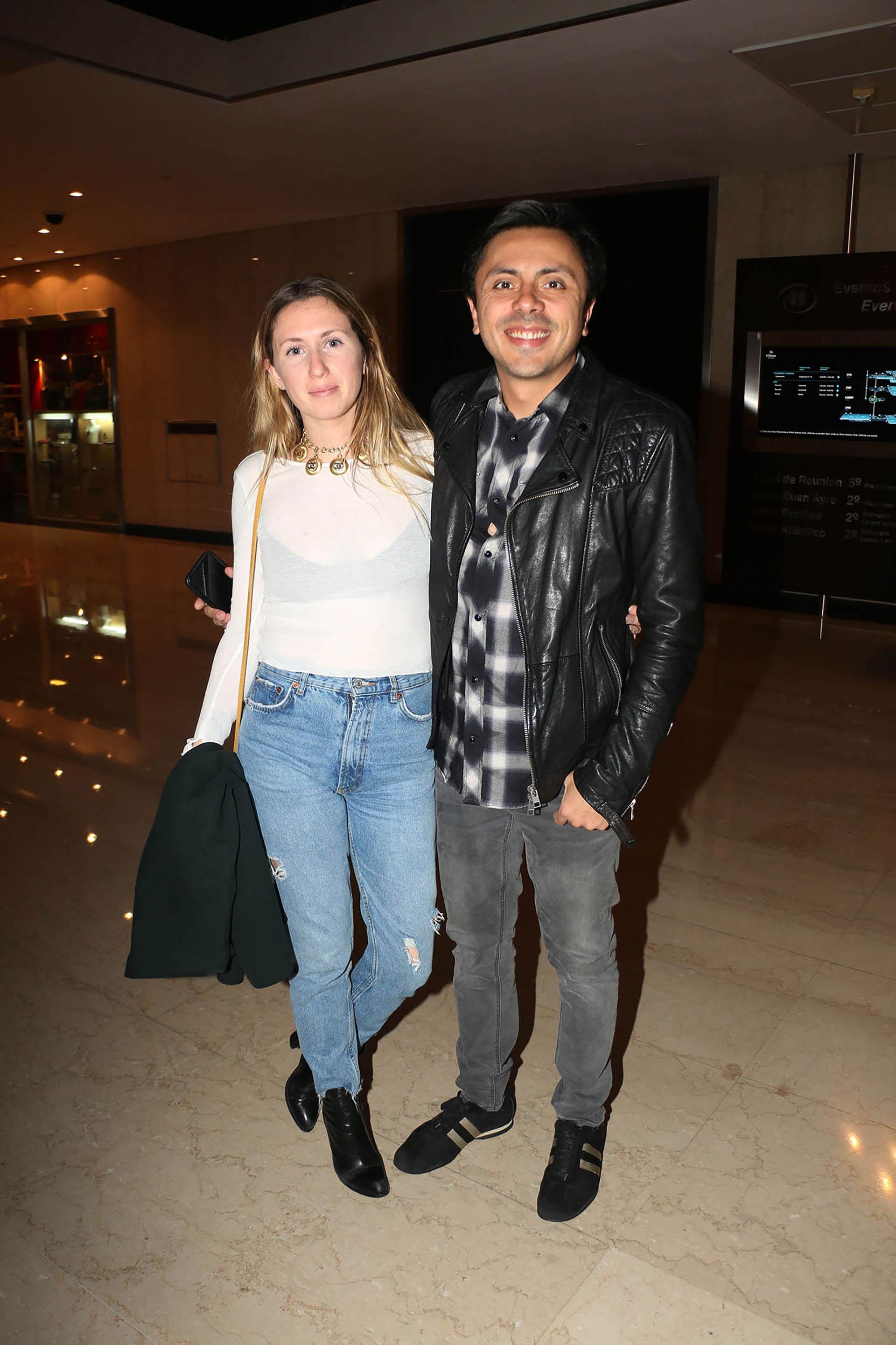 Michelle, el hermano de Cristian Castro, junto a su novia (Verónica Guerman)