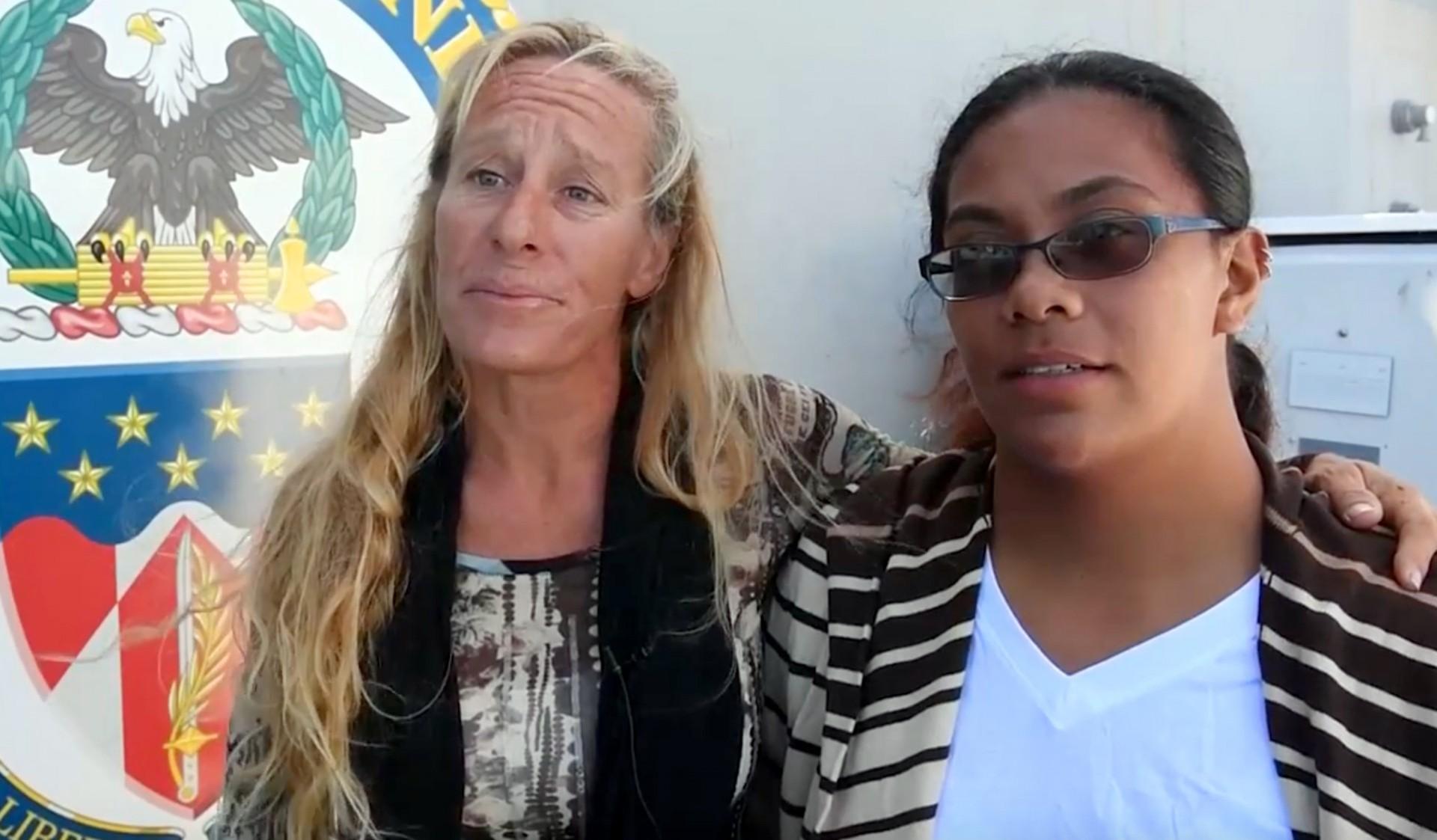 Jennifer Appel y Tasha Fuiava (AP)