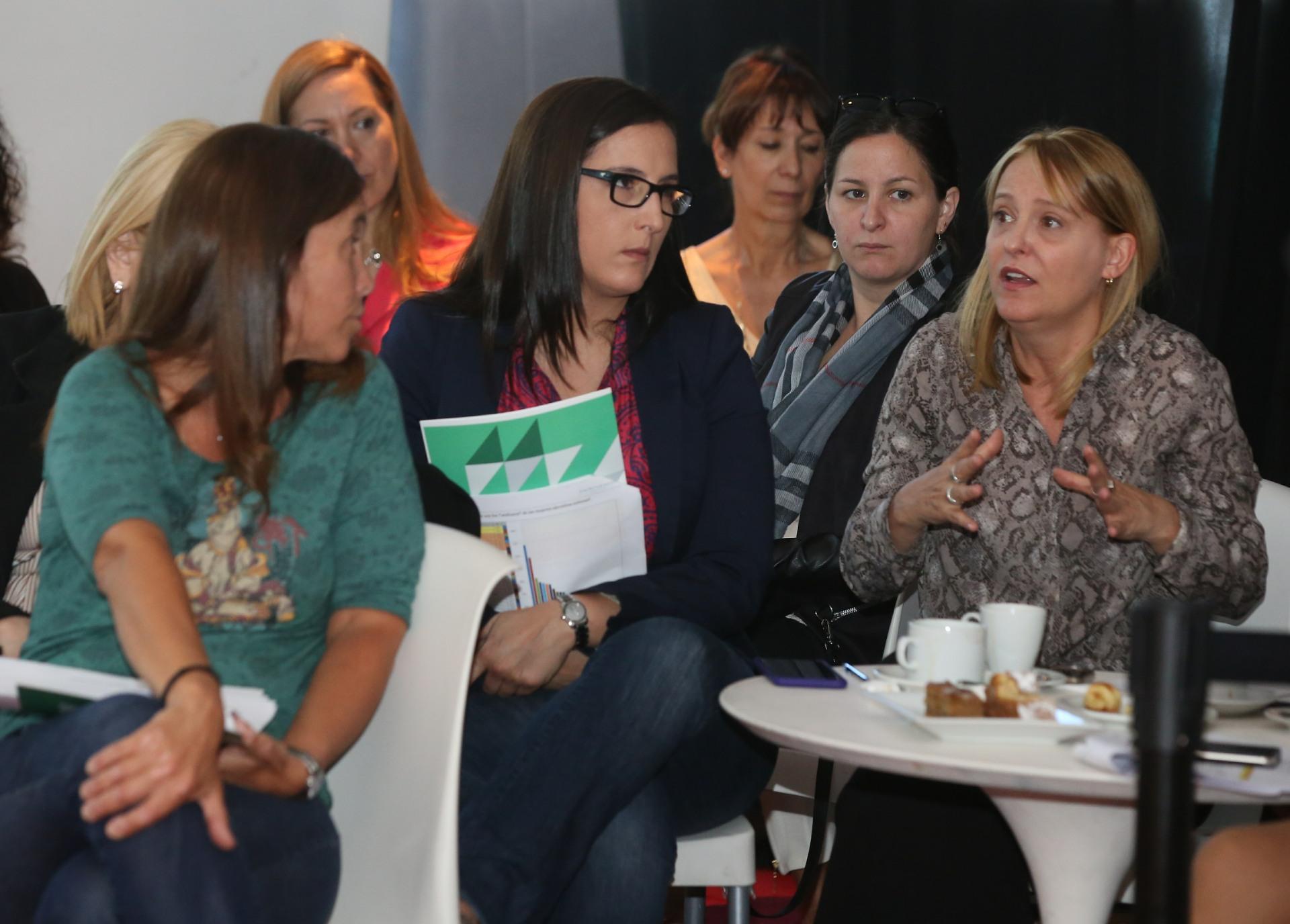 Las mujeres debatieron acerca del futuro femenino dentro del mundo laboral