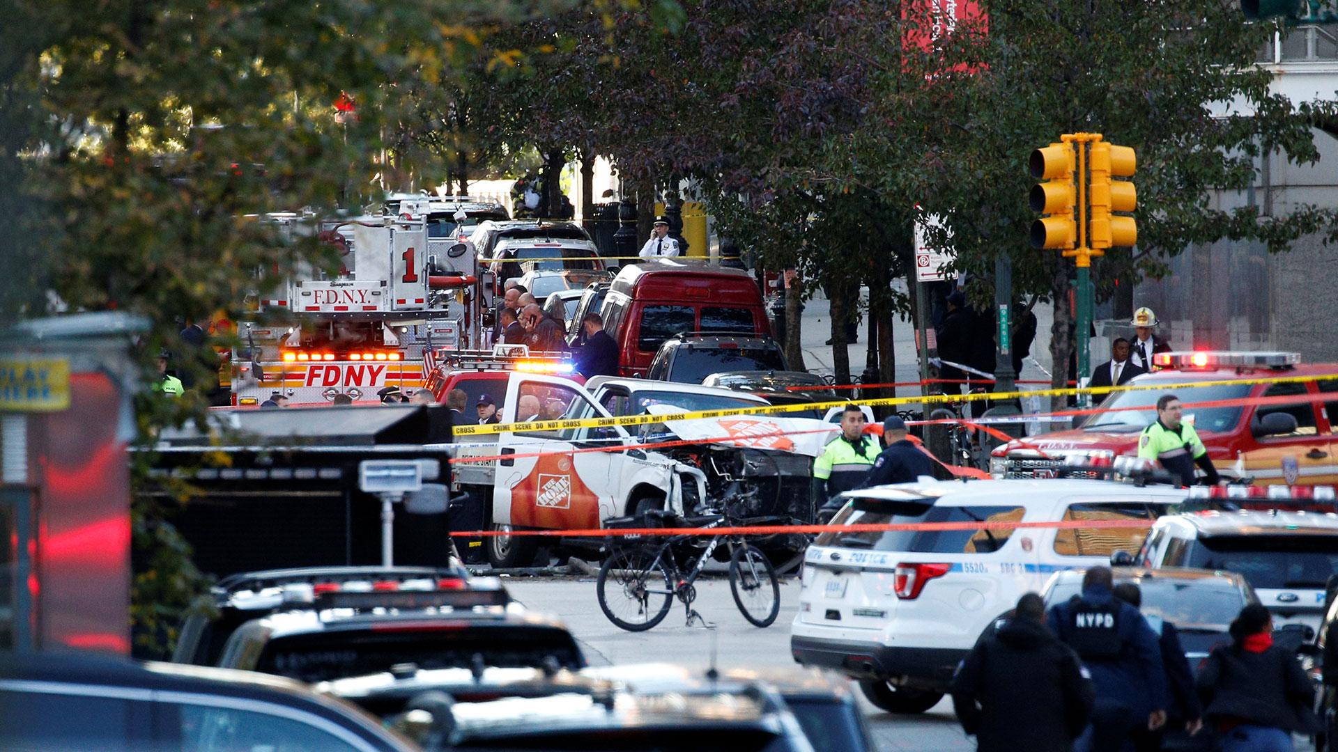 La camioneta de Home Depot que el terrorista alquiló para matar a 8 personas en Nueva York (Reuters)
