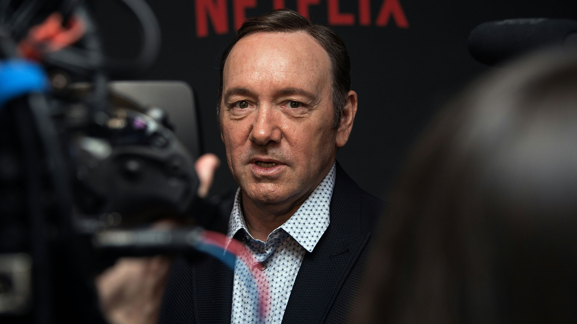"""Spacey se encuentra en el punto de mira de Hollywood pues hoy se supo que el rodaje de la sexta temporada de la serie """"House of Cards"""", ha sido suspendido indefinidamente (AFP)"""