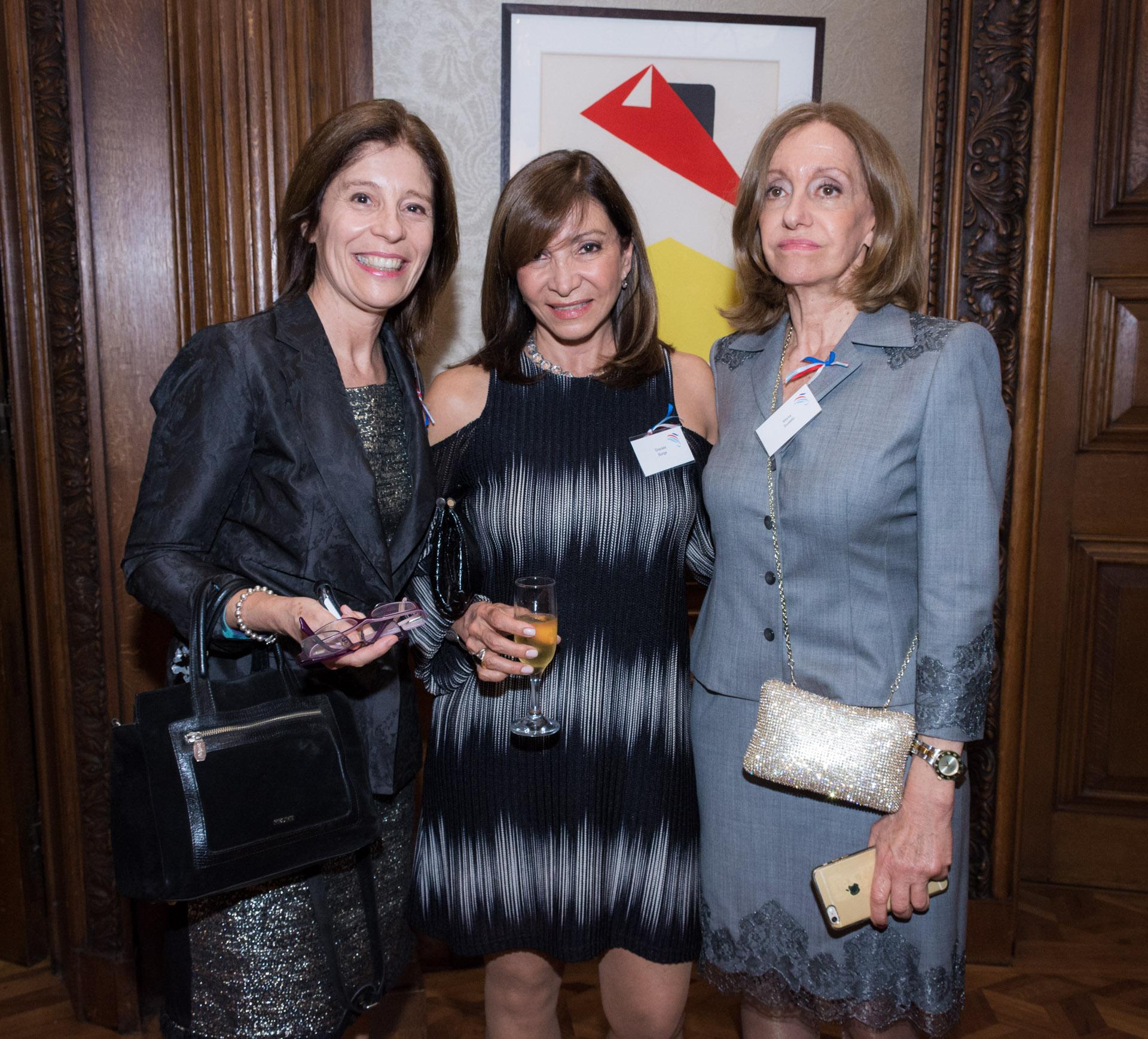 Las Im Genes De Los Premios Marianne En La Embajada De