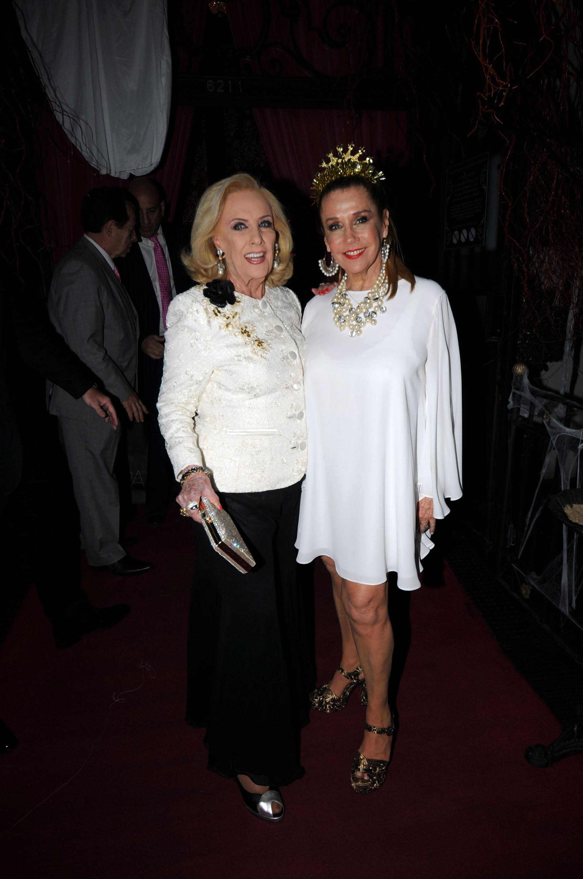 Como todos los años, Mirtha acompañó a Marcela en el festejo de su cumpleaños