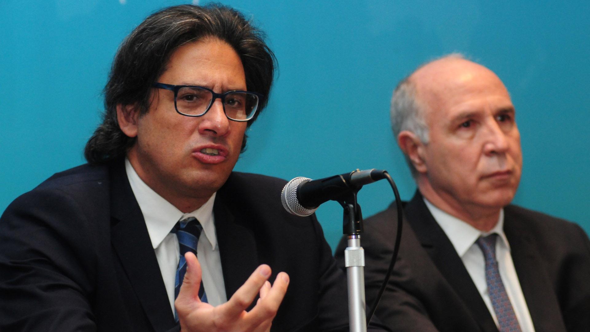 Germán Garavano junto a Ricardo Lorenzetti en rueda de prensa (Foto: Maximiliano Luna)
