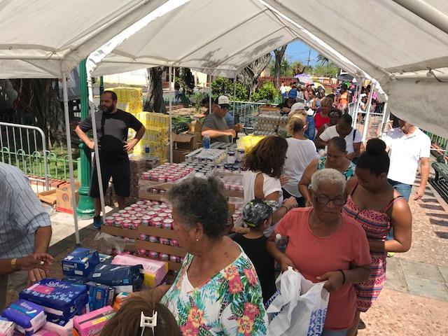 La distribución de productos de primera necesidad en Puerto Rico (AJC)