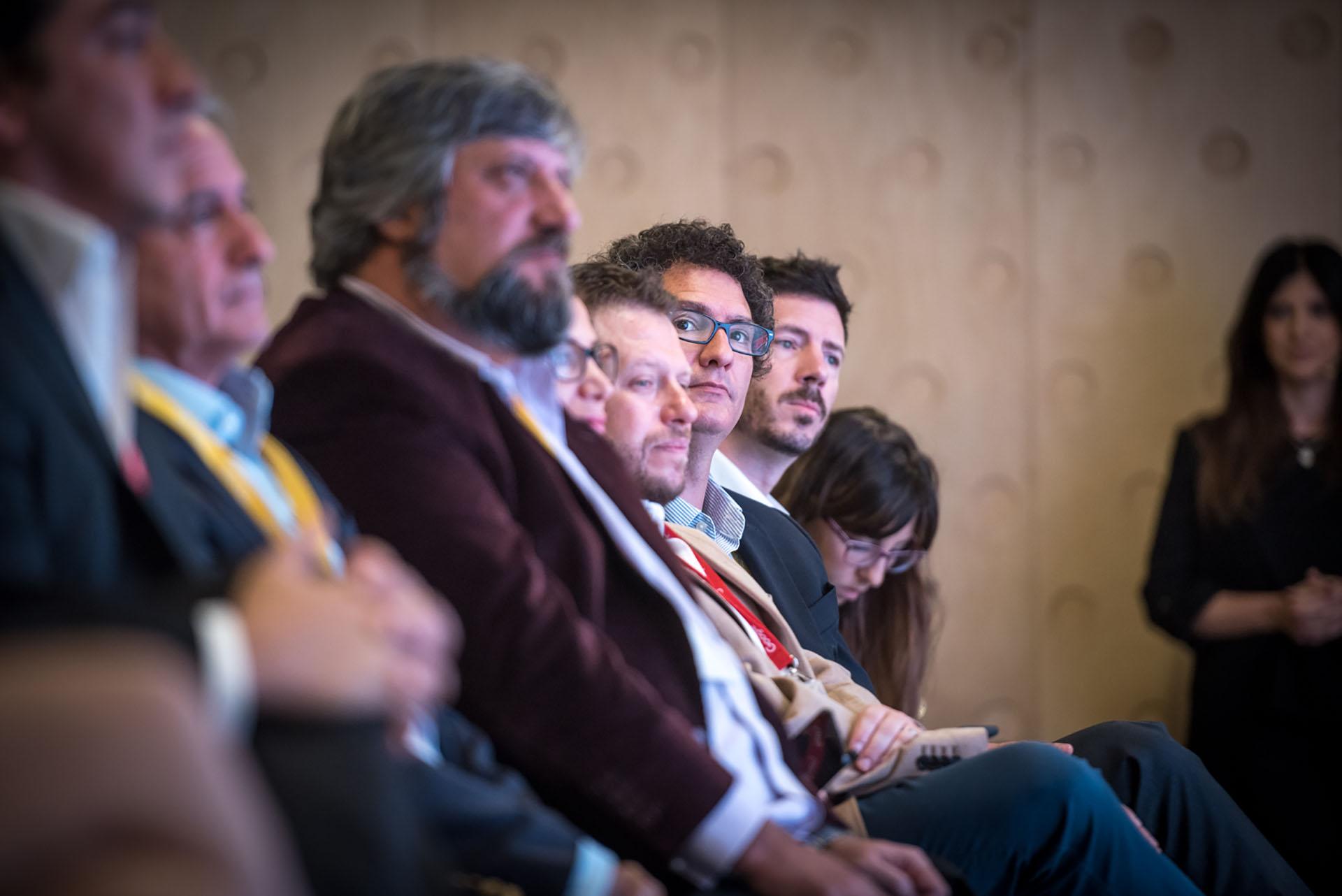 Andrés Ibarra, ministro de Modernización; Miguel Ángel De Godoy, director de Enacom y Mariano Meyer, secretario de Emprendedores y PyMEs y Rudi Borrmann, subsecretario de Innovación Pública de la Nación fueron algunos de los funcionarios que estuvieron presentes en el evento.
