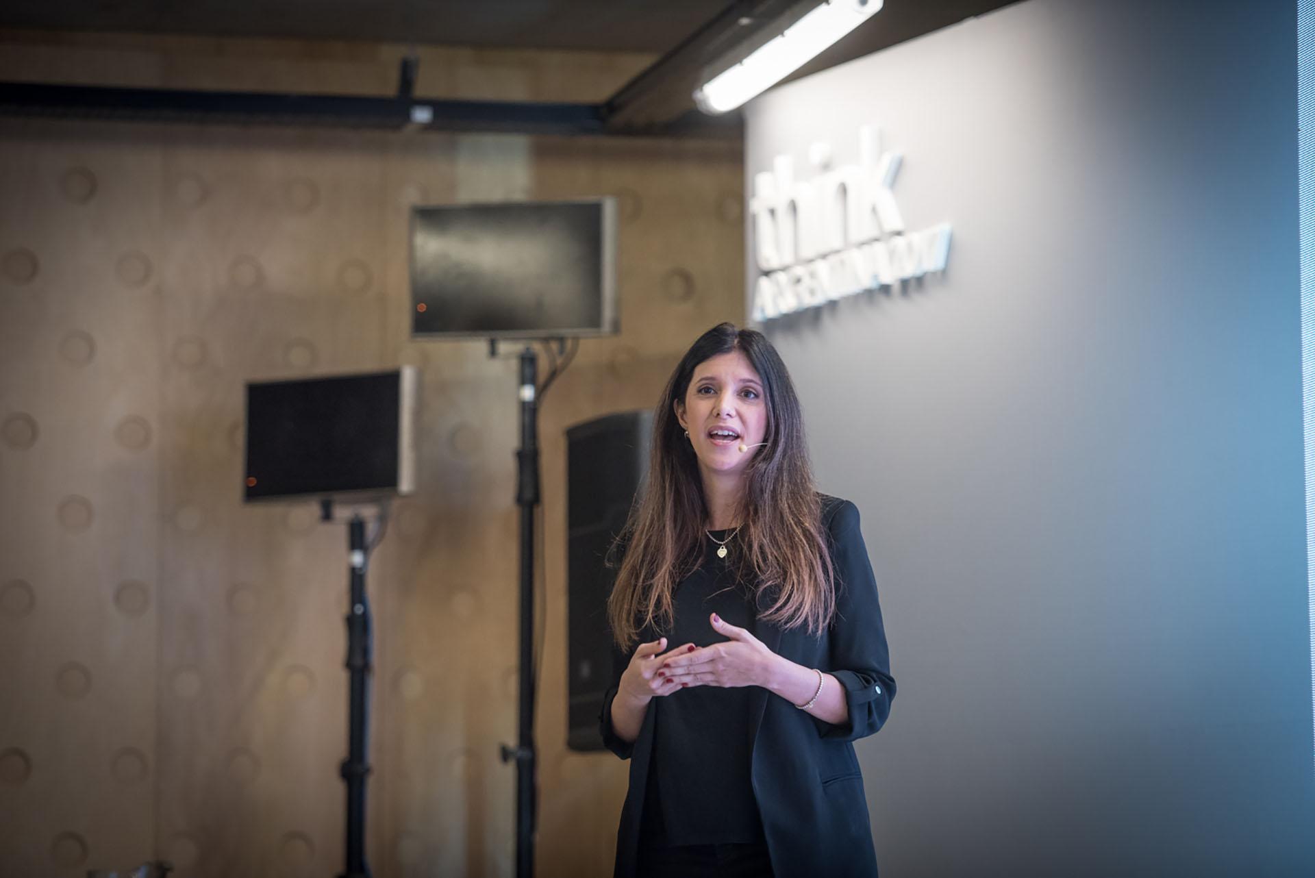 Eugenia Denari, gerente de Marketing de Google Argentina, compartió casos de éxito de emprendedores, pymes y organizaciones sociales beneficiadas por las iniciativas de la compañía.
