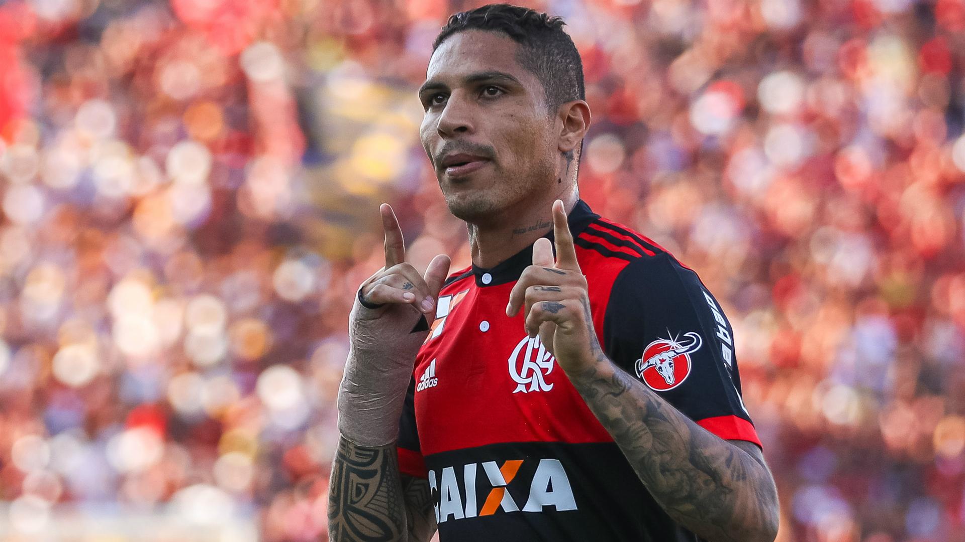 El peruano Paolo Guerrero tiene suspendido su contrato con el Flamengo