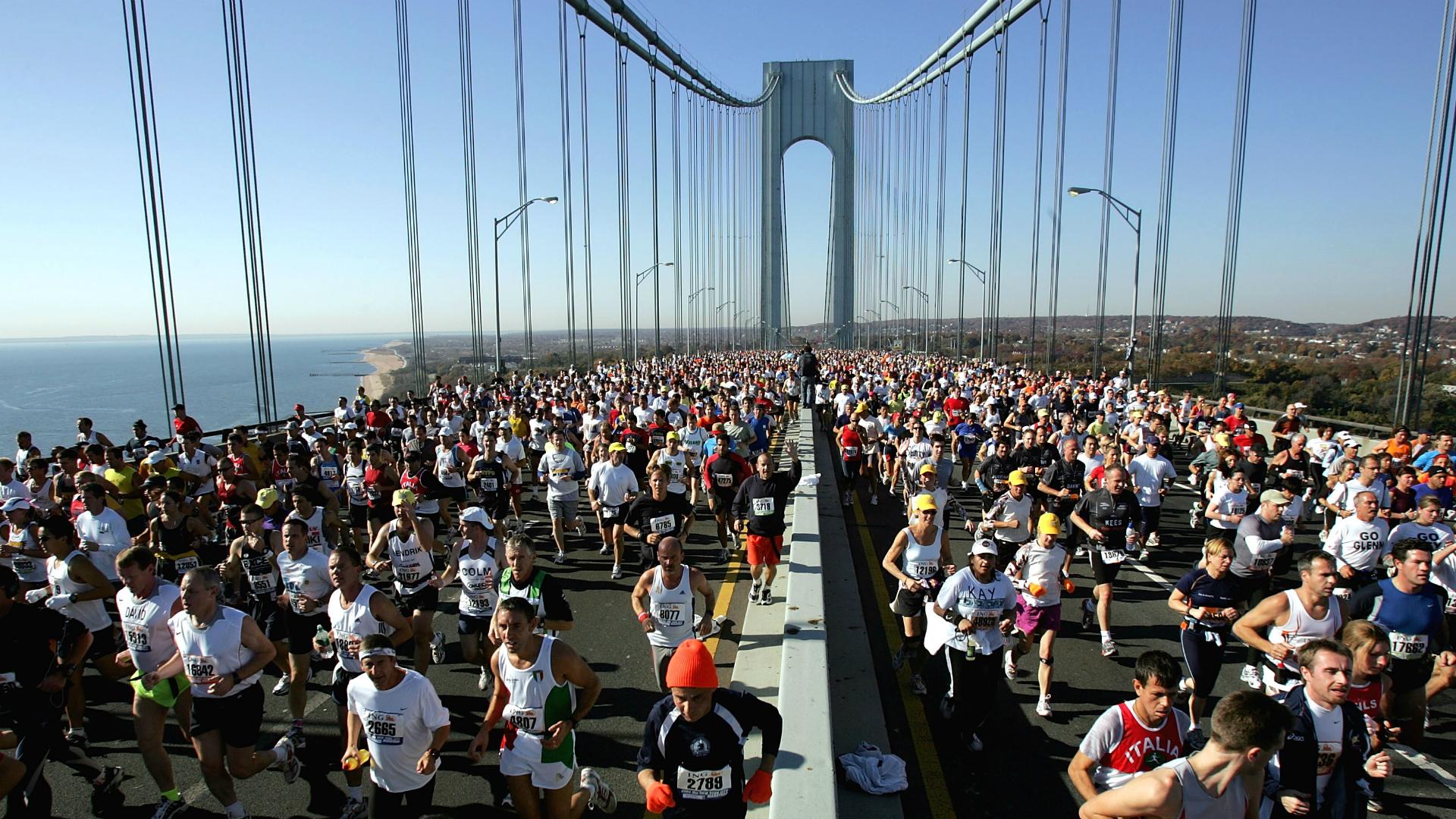 Cada año miles de personas participan en el maratón de Nueva York. (Getty)