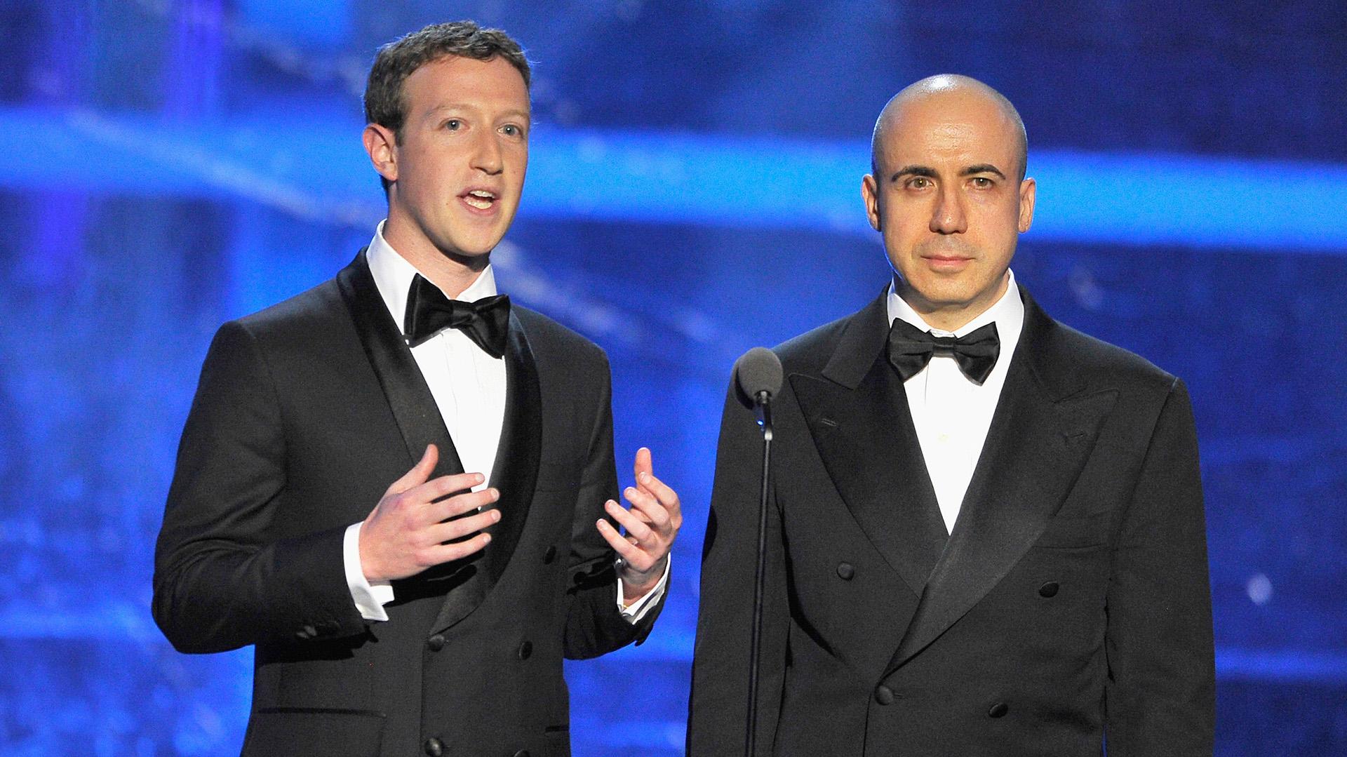 Mark Zuckerberg y Yuri Milner tienen una relación personal además de comercial. (Getty)