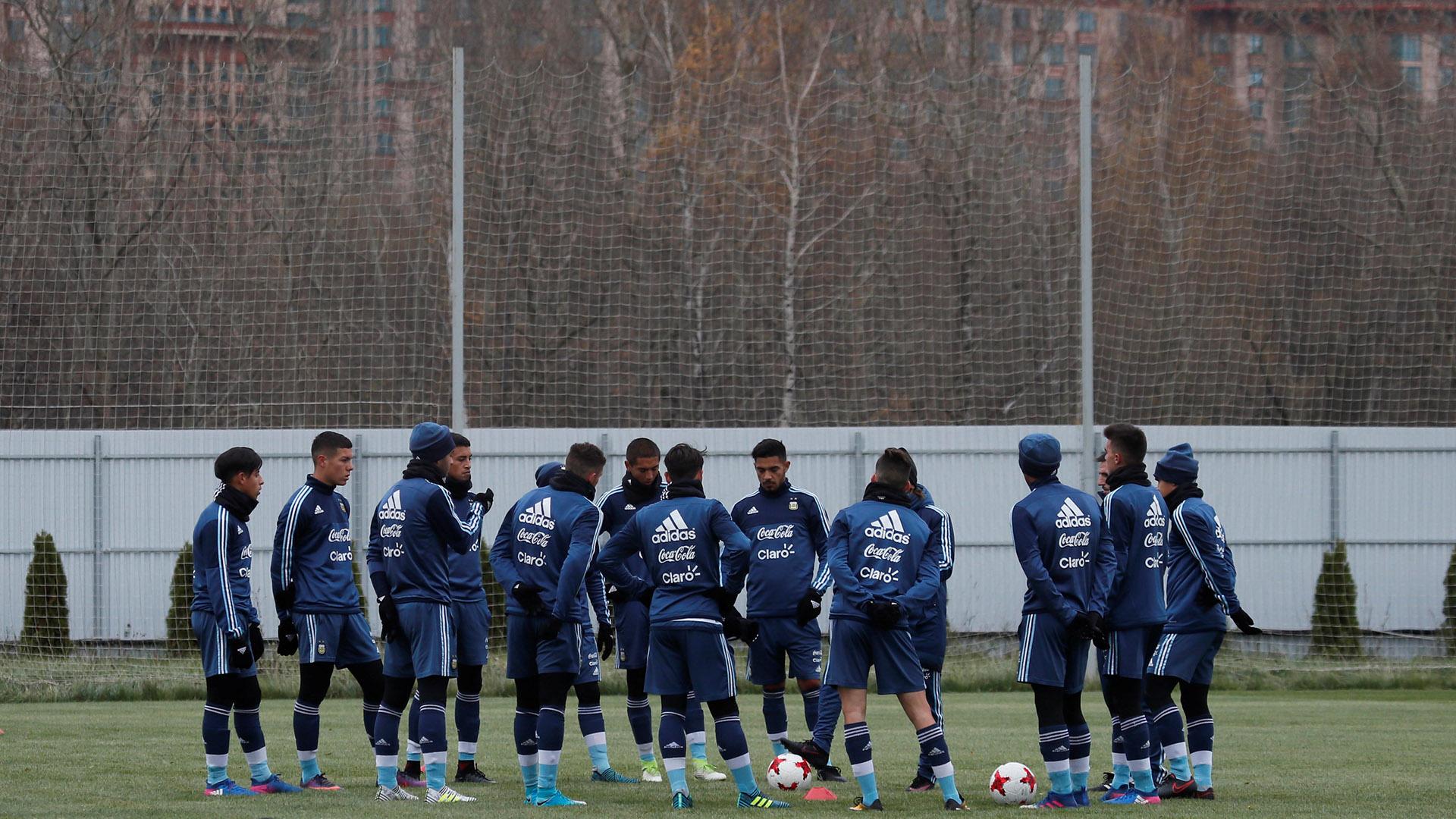 La Selección argentina comenzó con los entrenamientos de cara a los duelos con Rusia y Nigeria (Reuters)